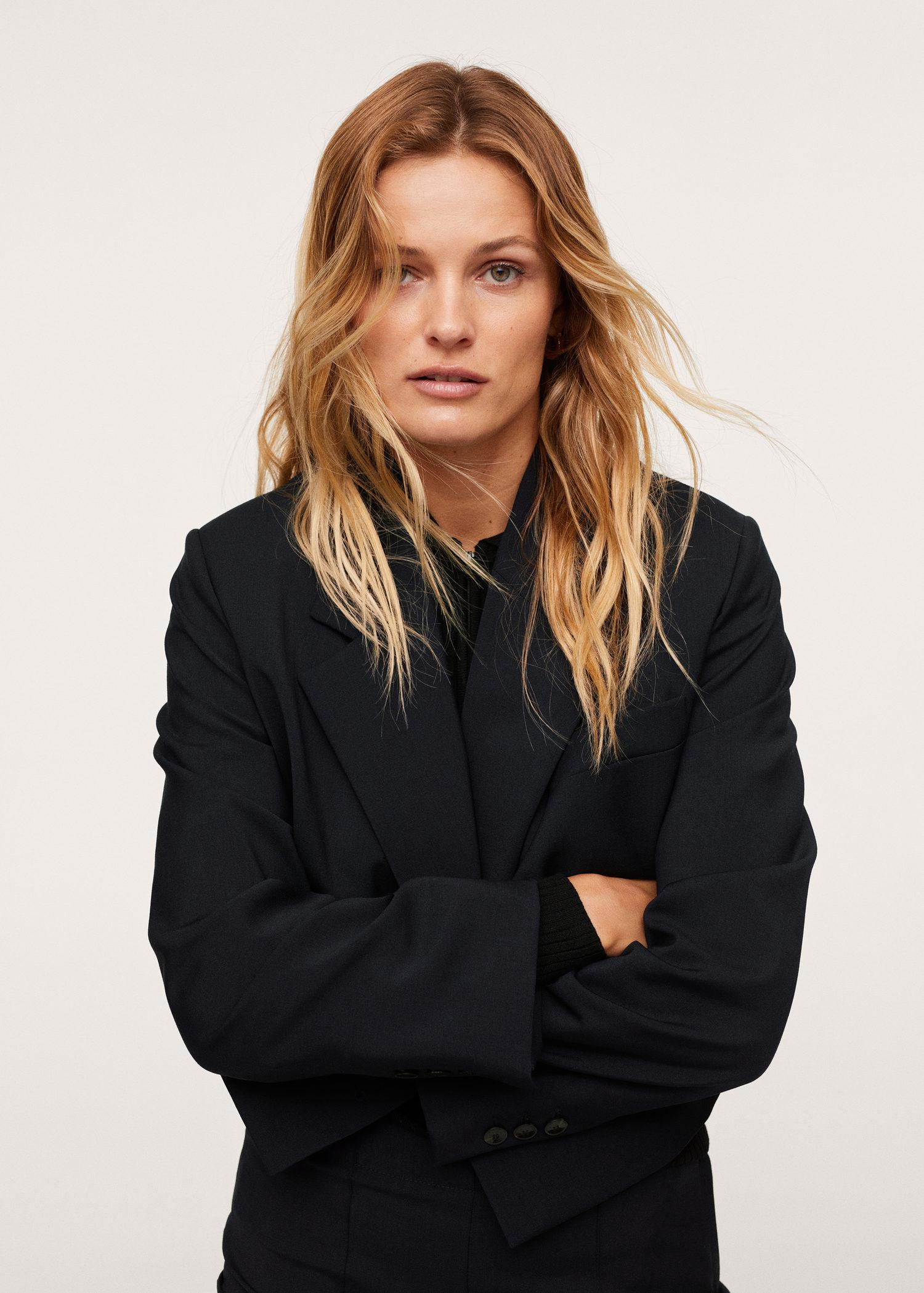 Cropped blazer with buttons
