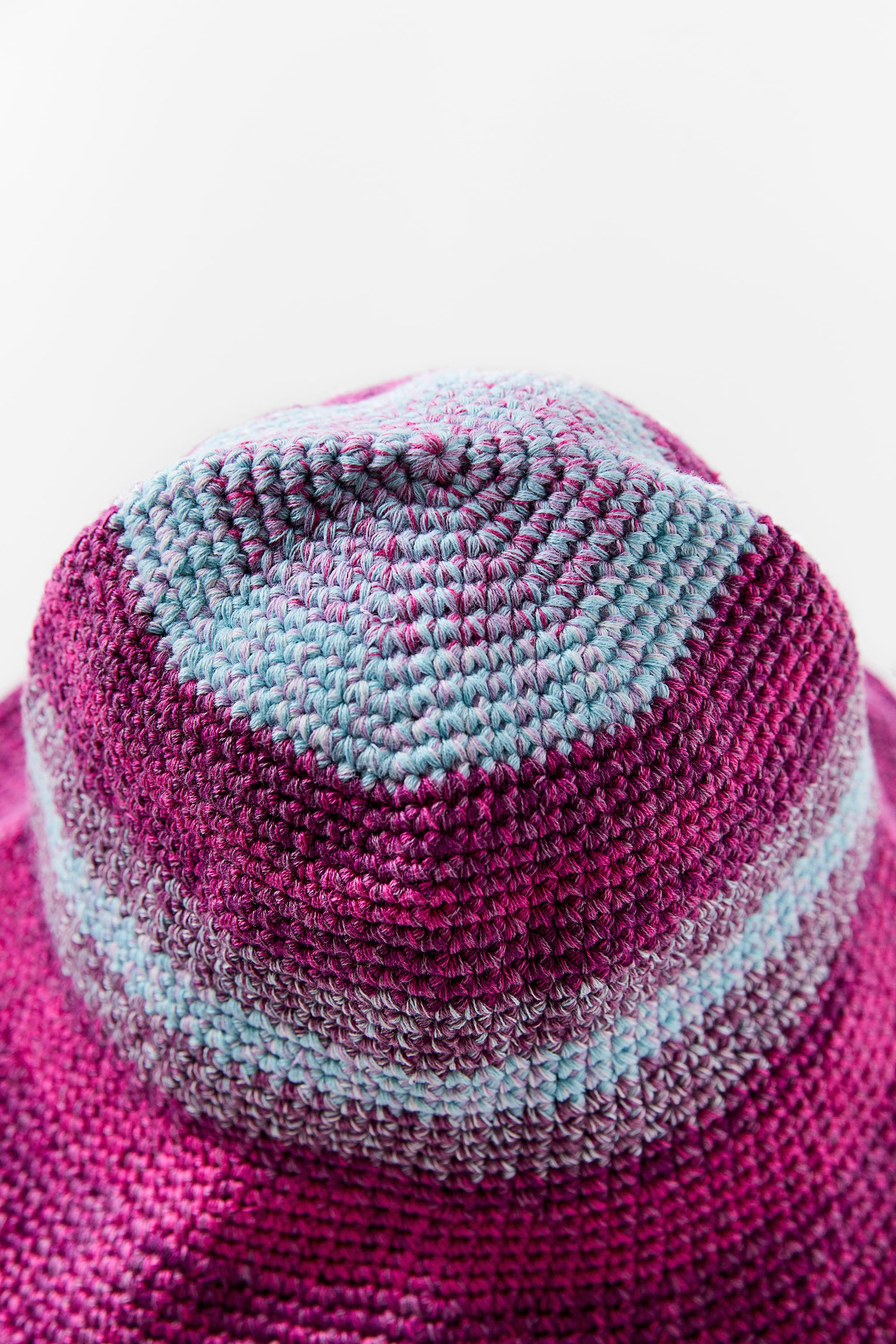 MULTICOLORED CROCHETED HAT 2