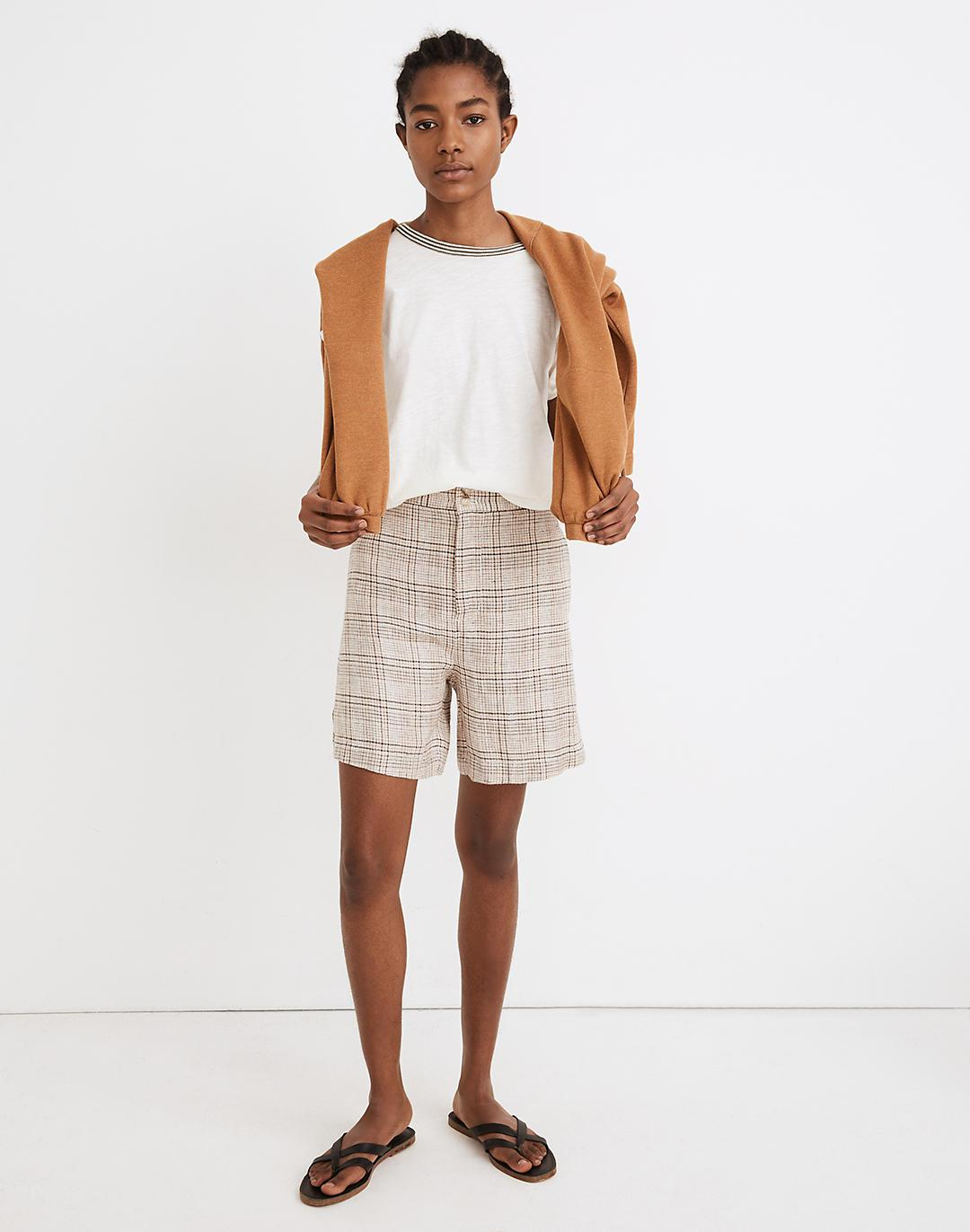 Linen Clean Shorts in Plaid