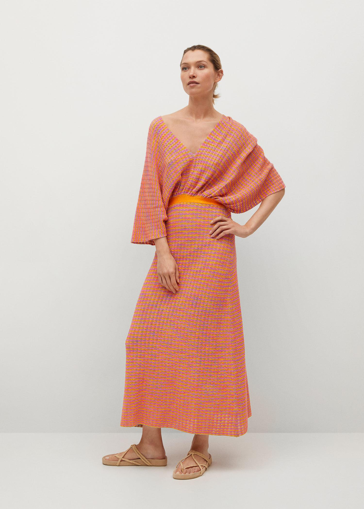 Combined knitted dress with slit 1