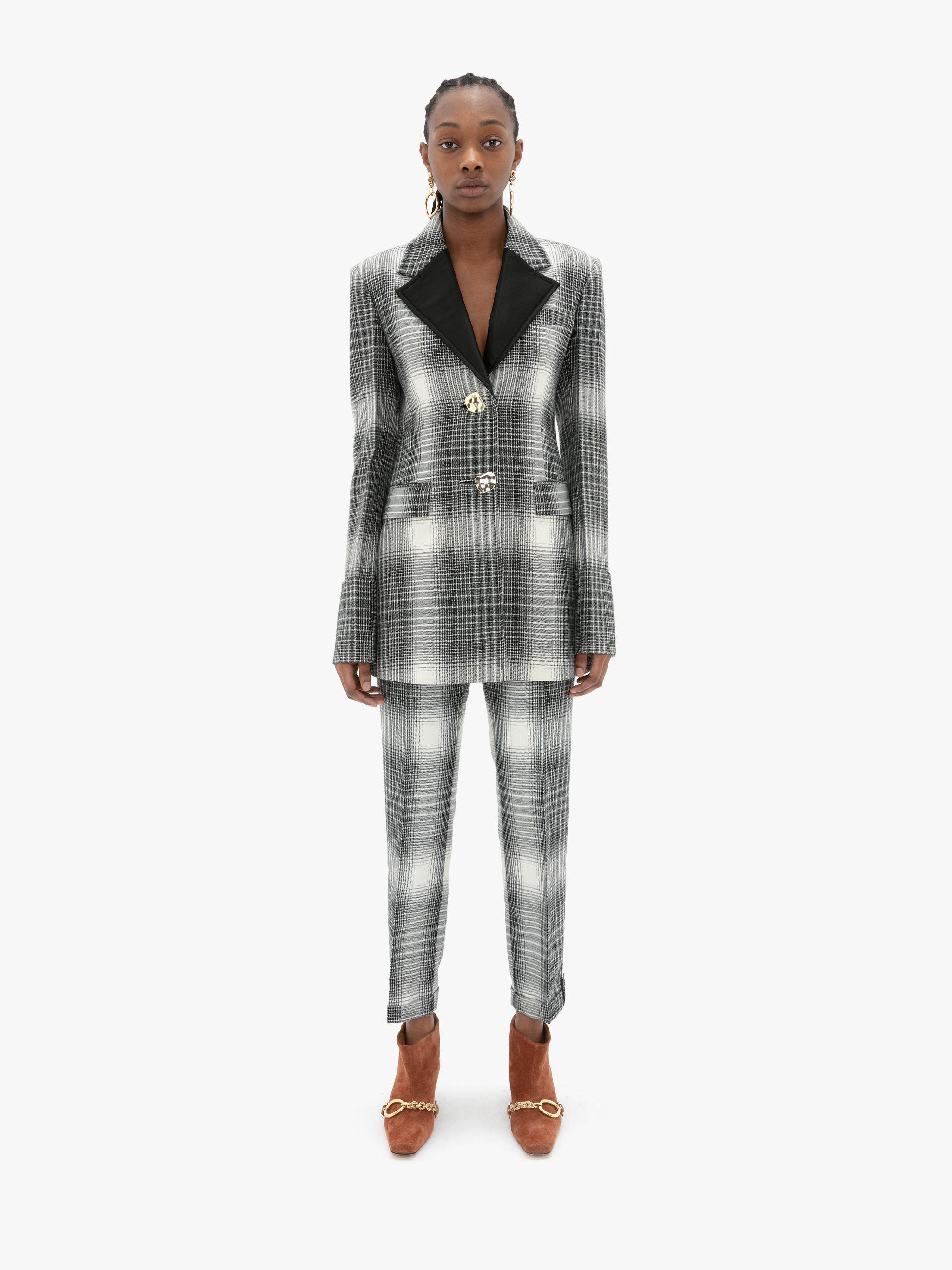 TAILORED FOLD-OVER CUFF JACKET