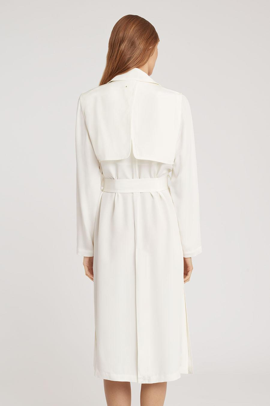 Women's Silk Classic Trench in White | Size: 4