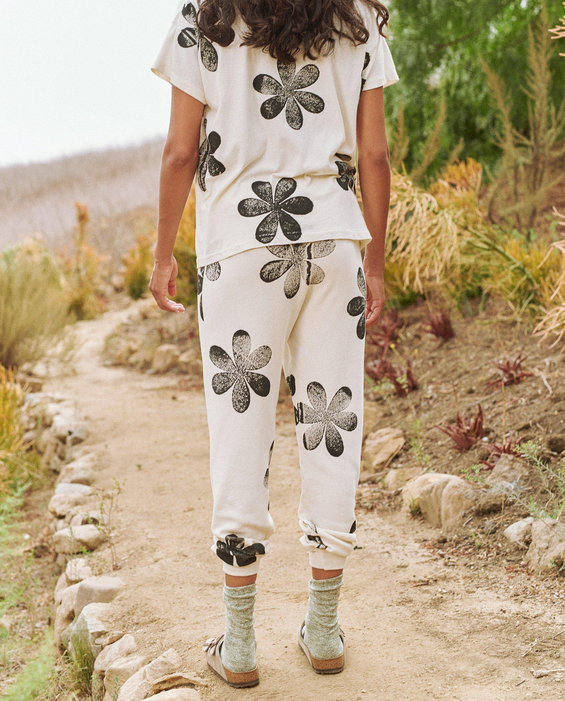 The Cropped Sweatpant. Novelty -- Washed White with Daisy Stamp 3