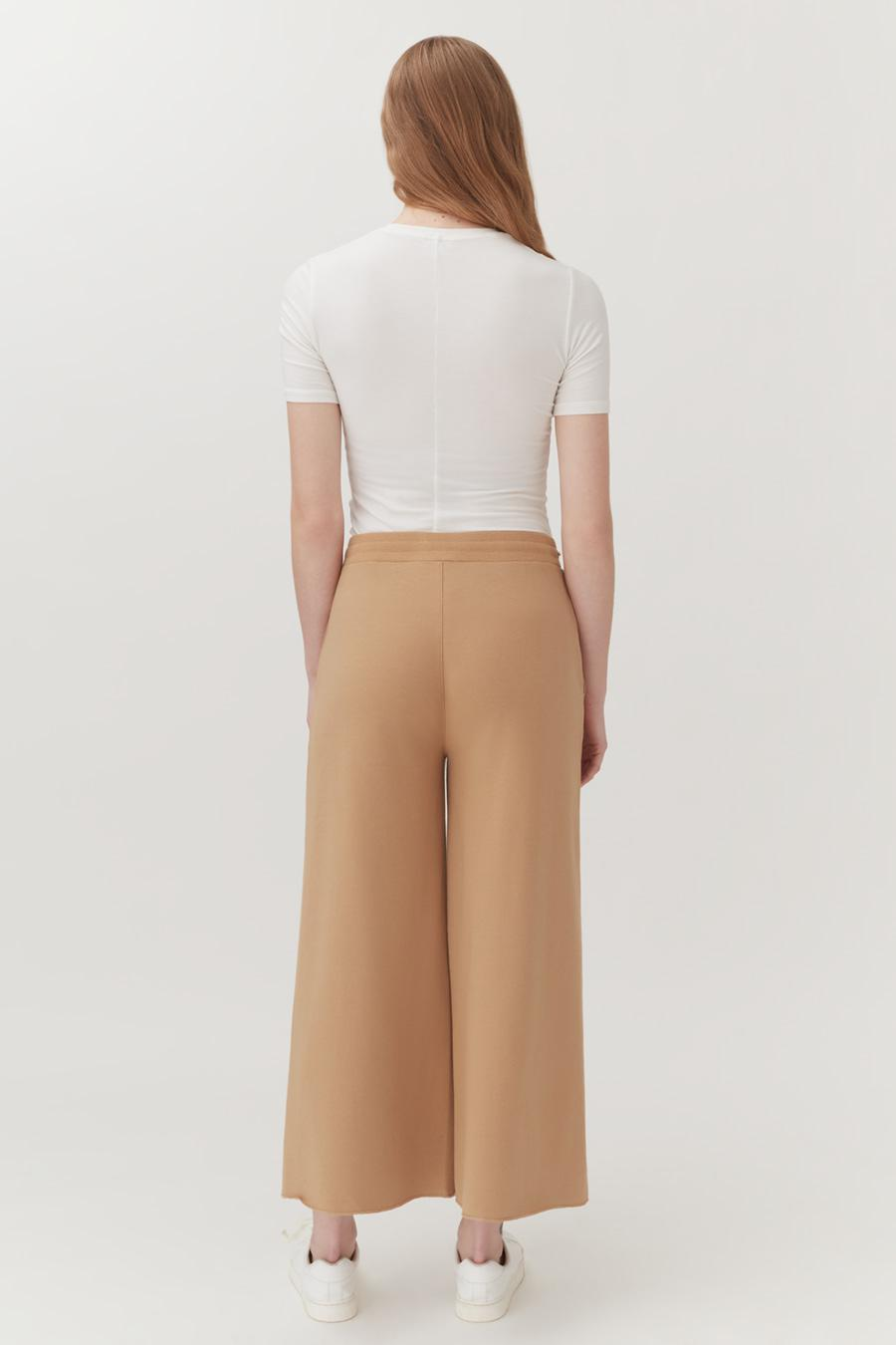 Women's French Terry Wide-Leg Cropped Pant in Camel | Size: 2