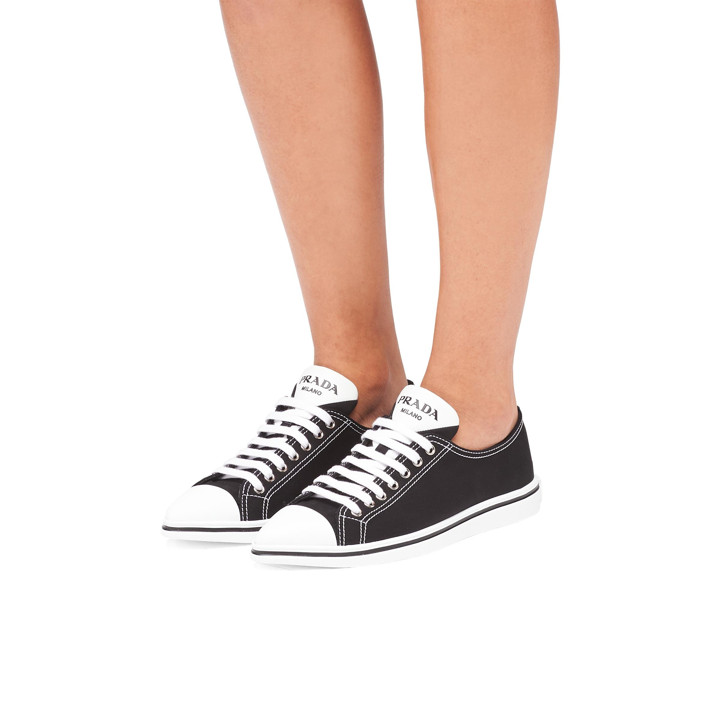 Synthesis Sneakers Women Black 4