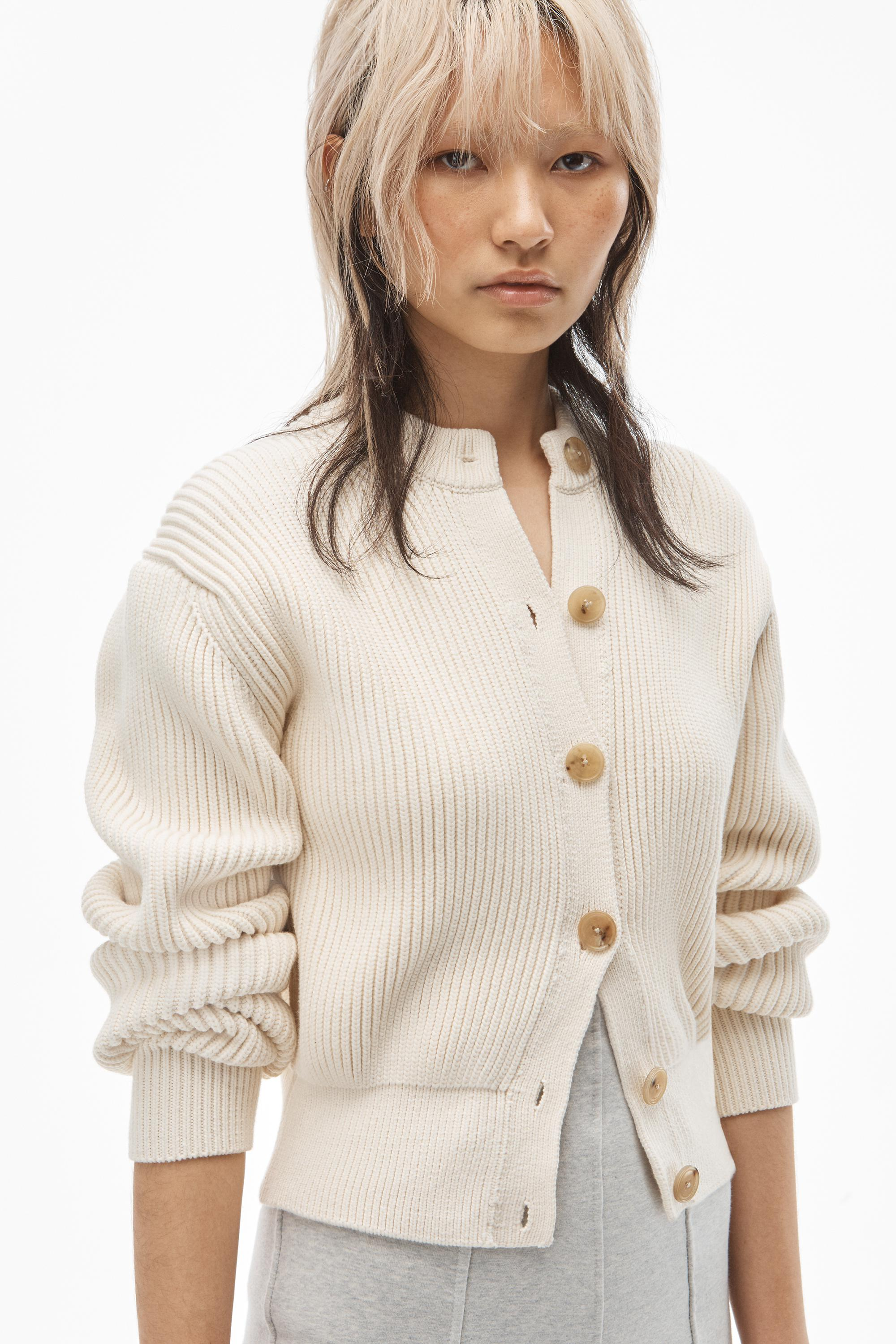 crewneck cardigan in ribbed cotton chainette 3