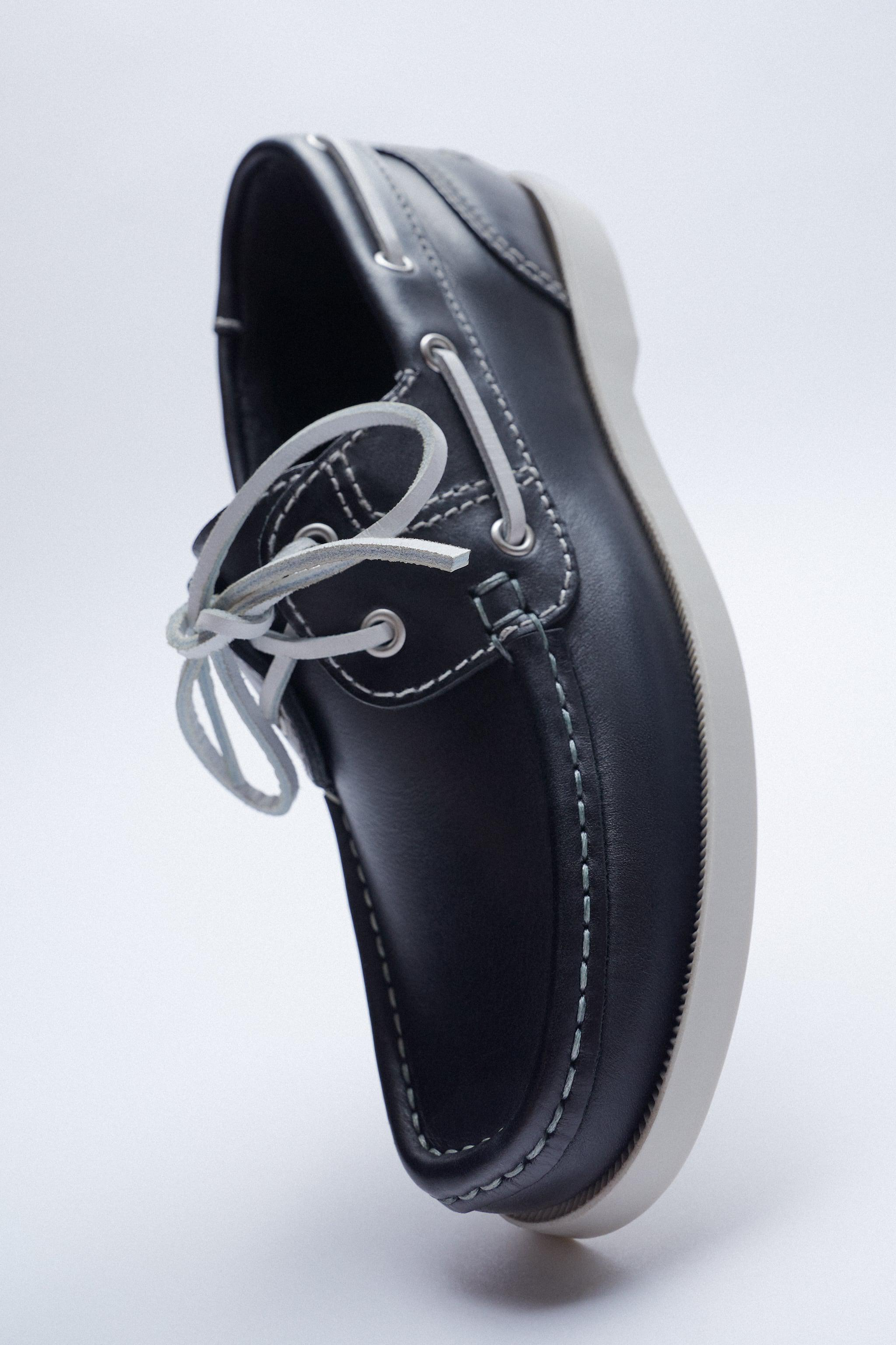 LOW HEEL LEATHER BOAT SHOES 6
