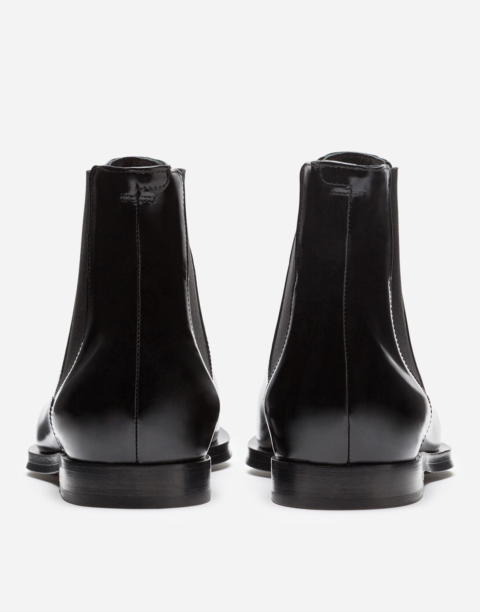 Polished calfskin chelsea boots with pearl embroidery 2