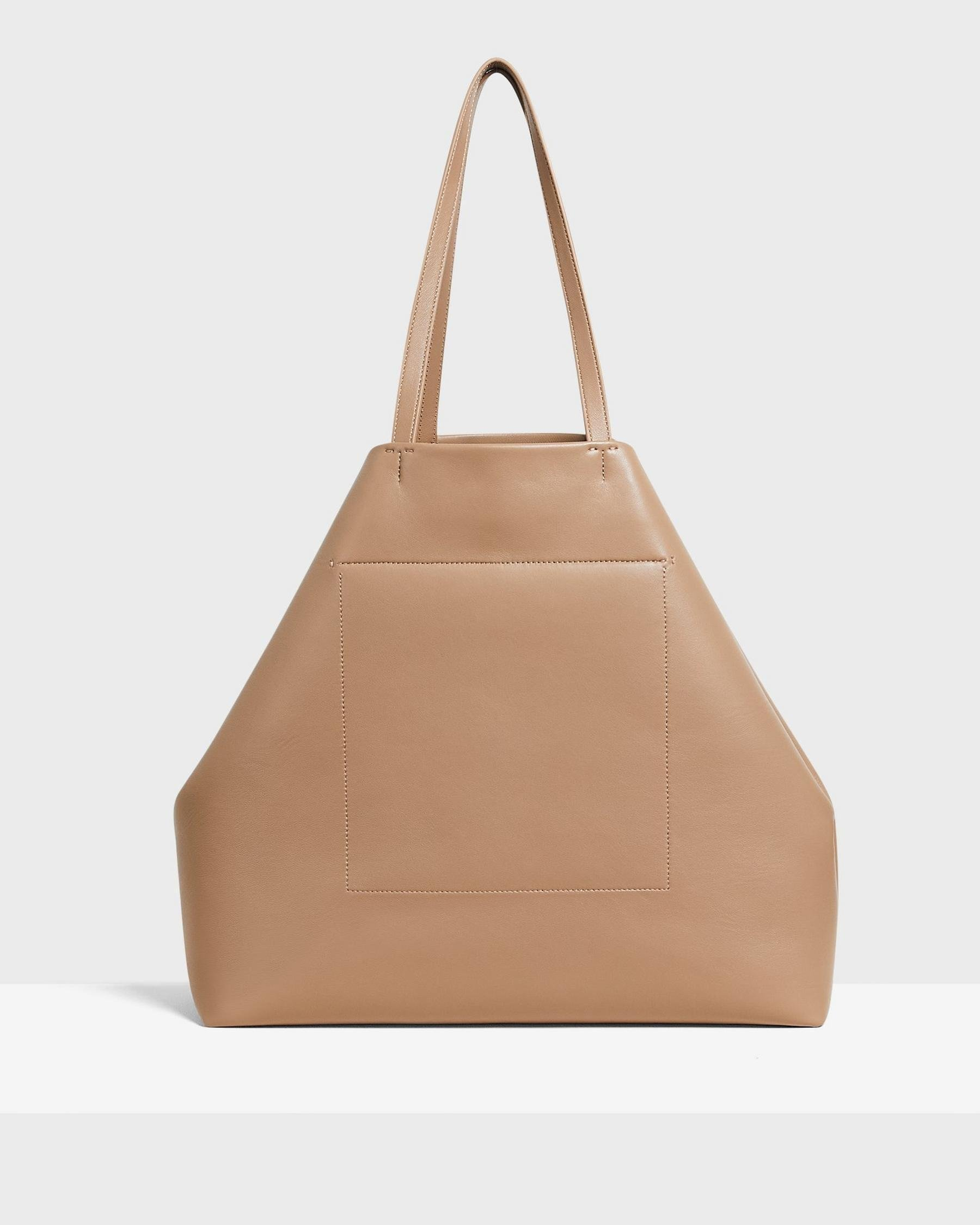 Simple Tote in Leather 3