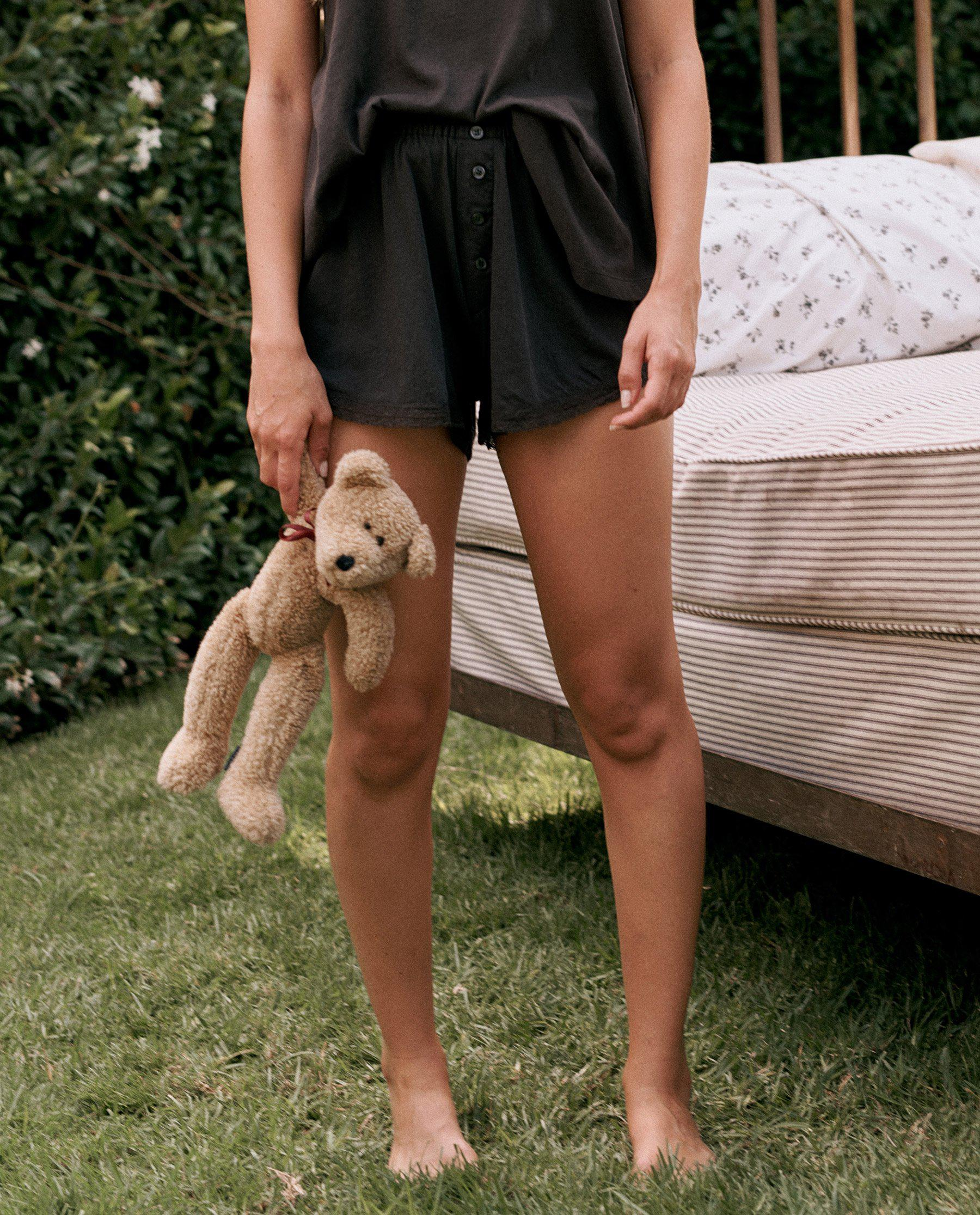 The Lace Tap Short. -- ALMOST BLACK 2