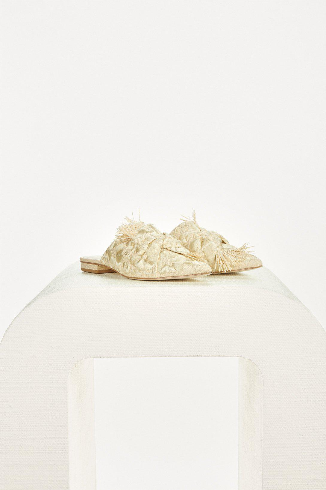 ANGIE FLAT - NATURAL EMBROIDERED 1