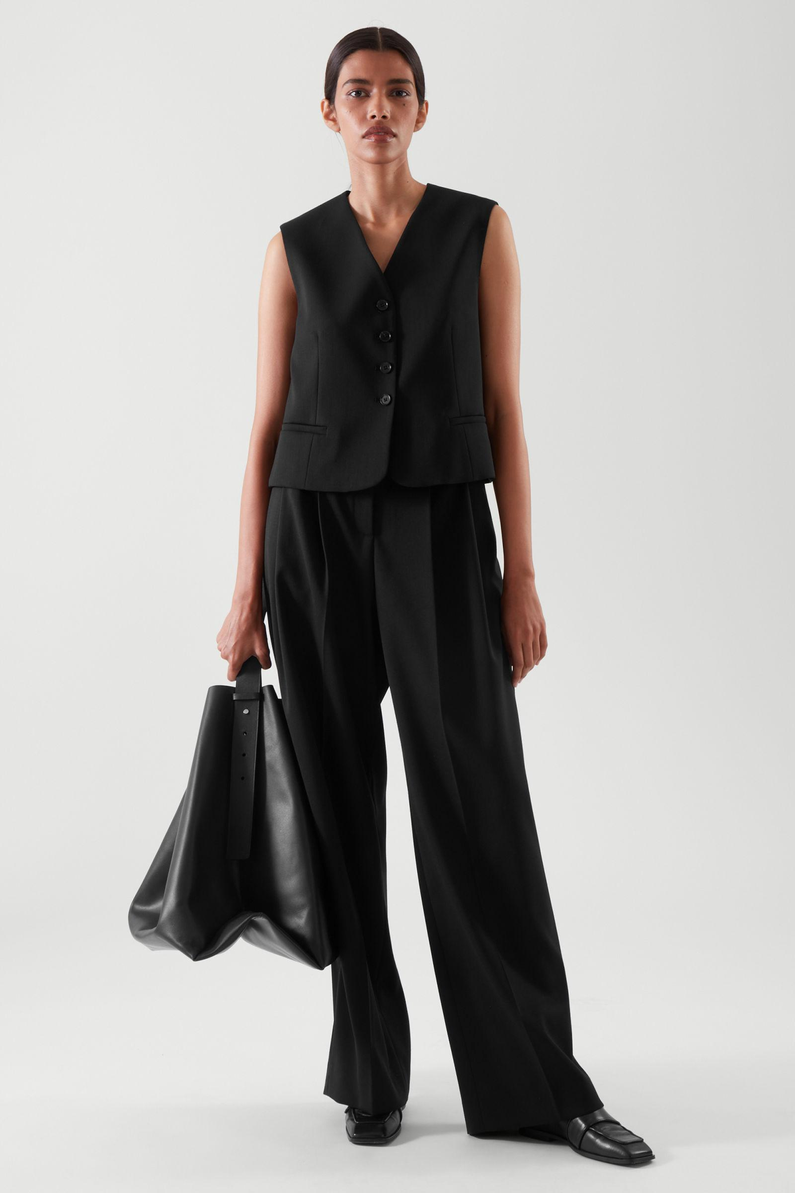 CROPPED SINGLE-BREASTED WAISTCOAT