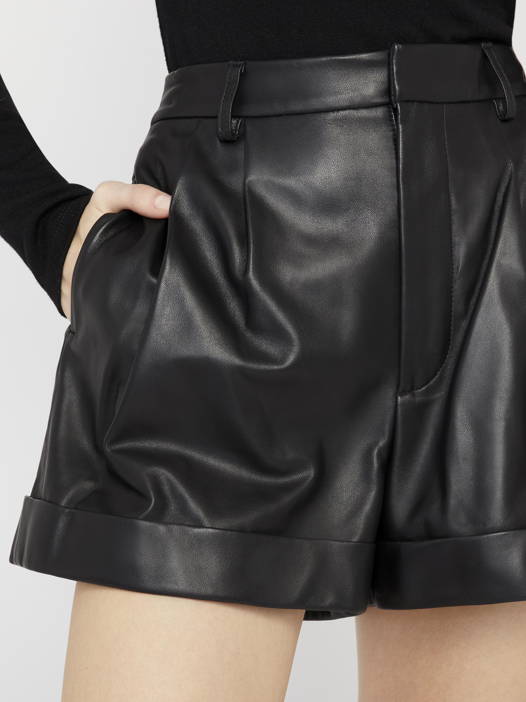 CONRY LEATHER PLEATED SHORTS 3