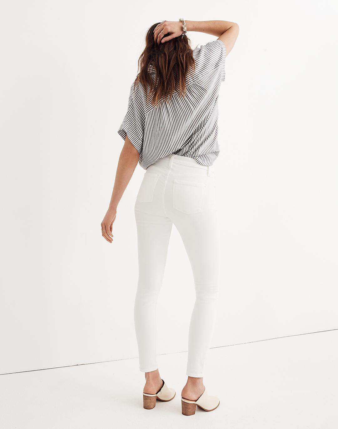 """Petite 9"""" Mid-Rise Skinny Jeans in Pure White 2"""