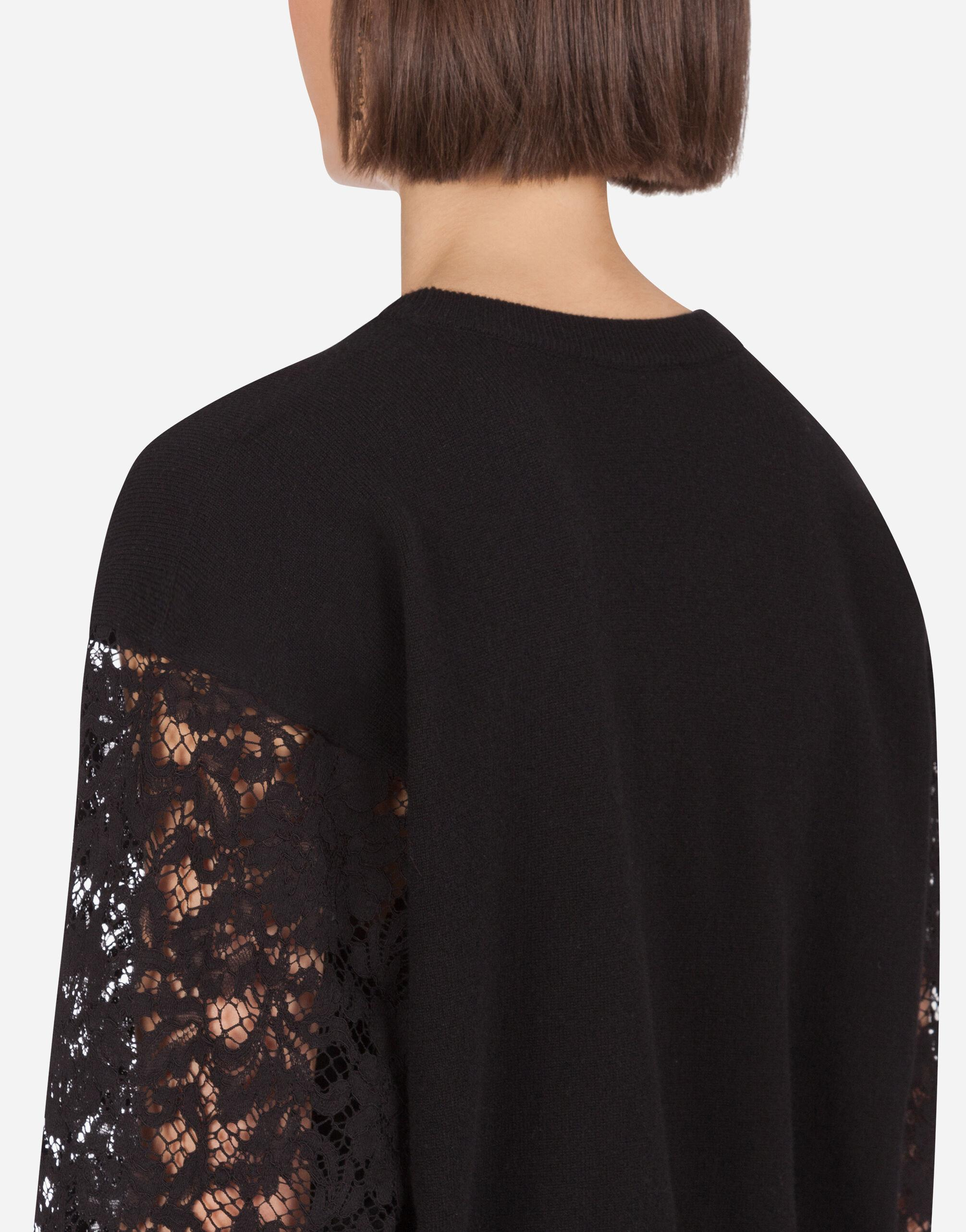 Cashmere sweater with lace sleeves 5