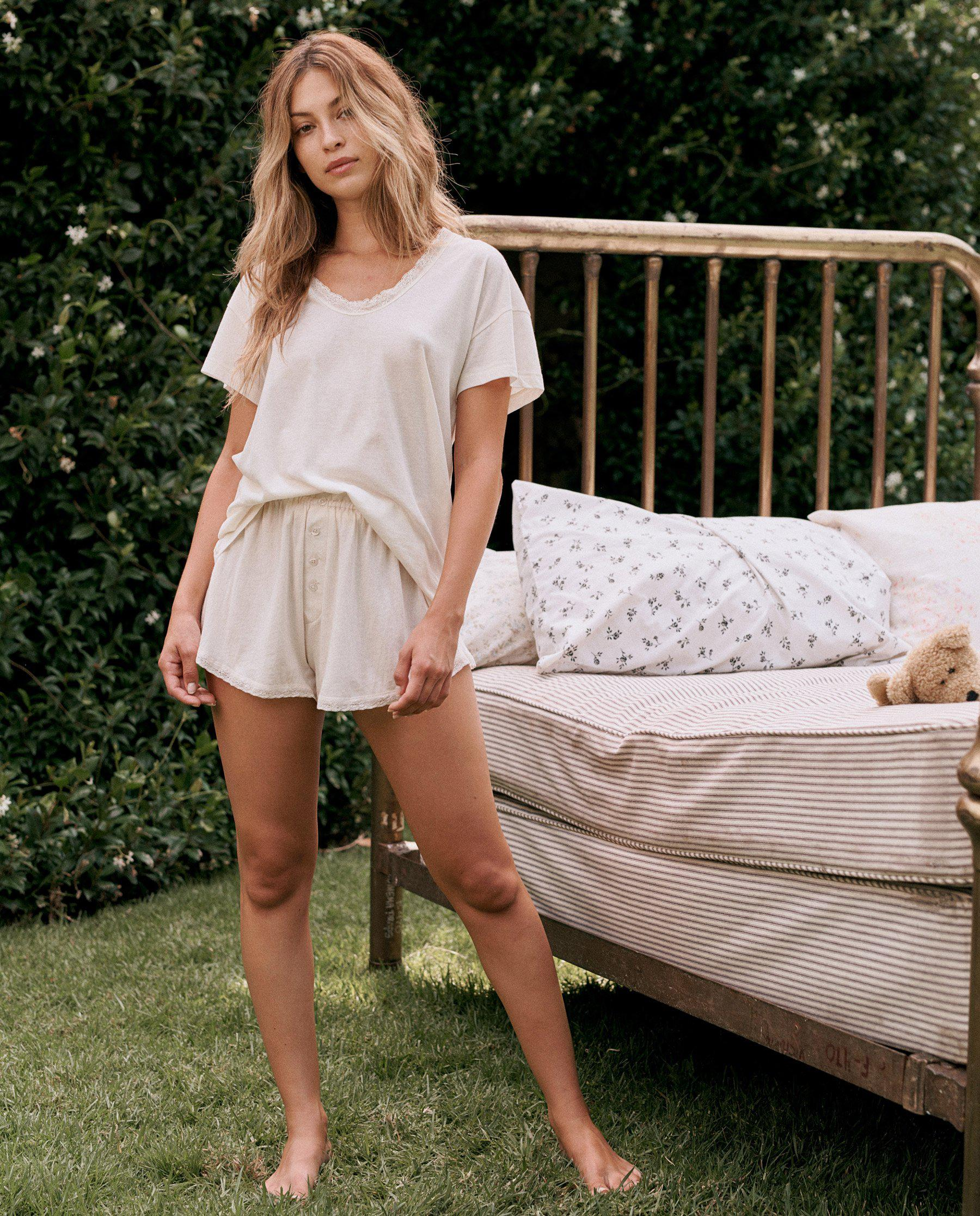 The Lace Tap Short. -- WASHED WHITE 2