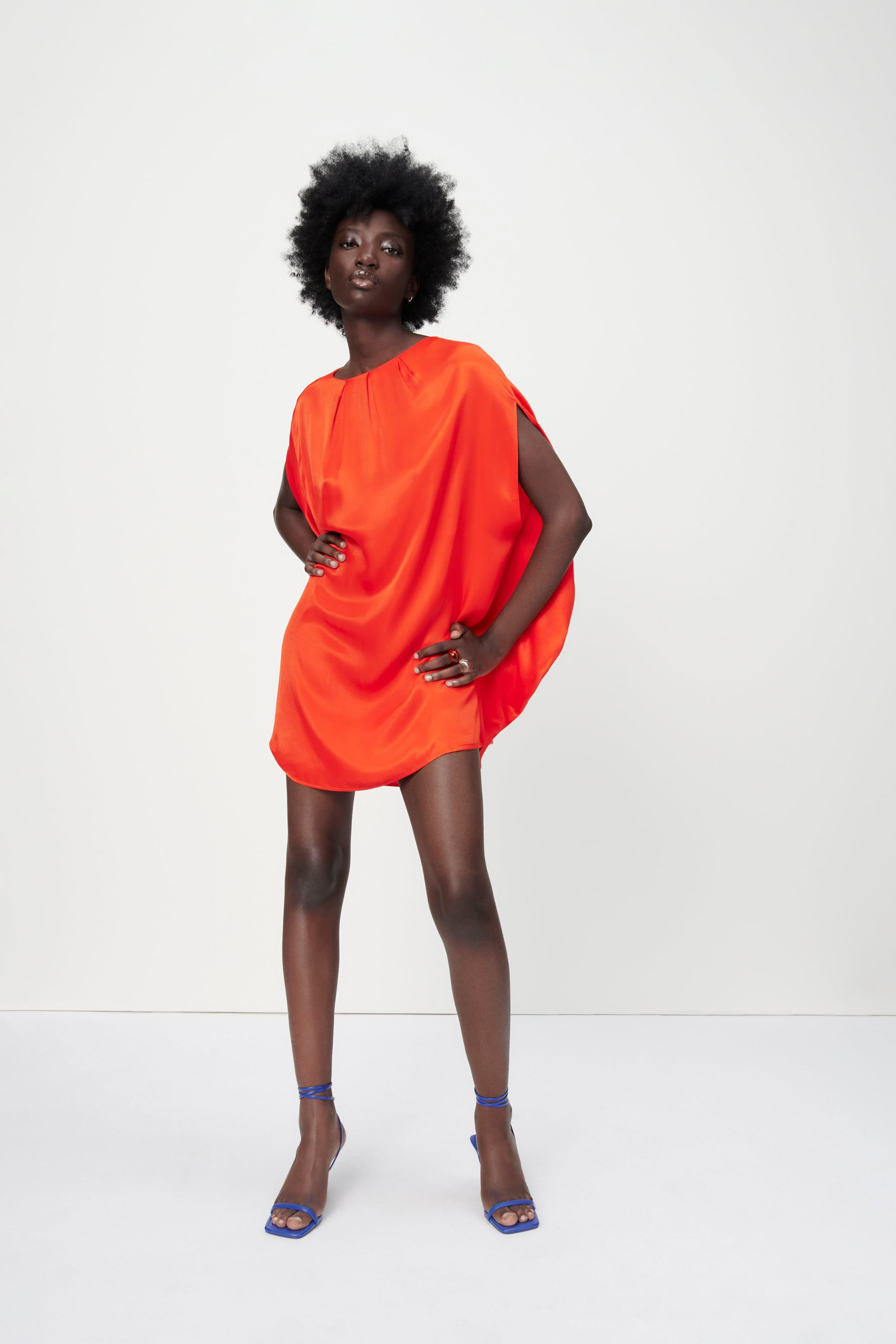 PLEATED DRESS LIMITED EDITION