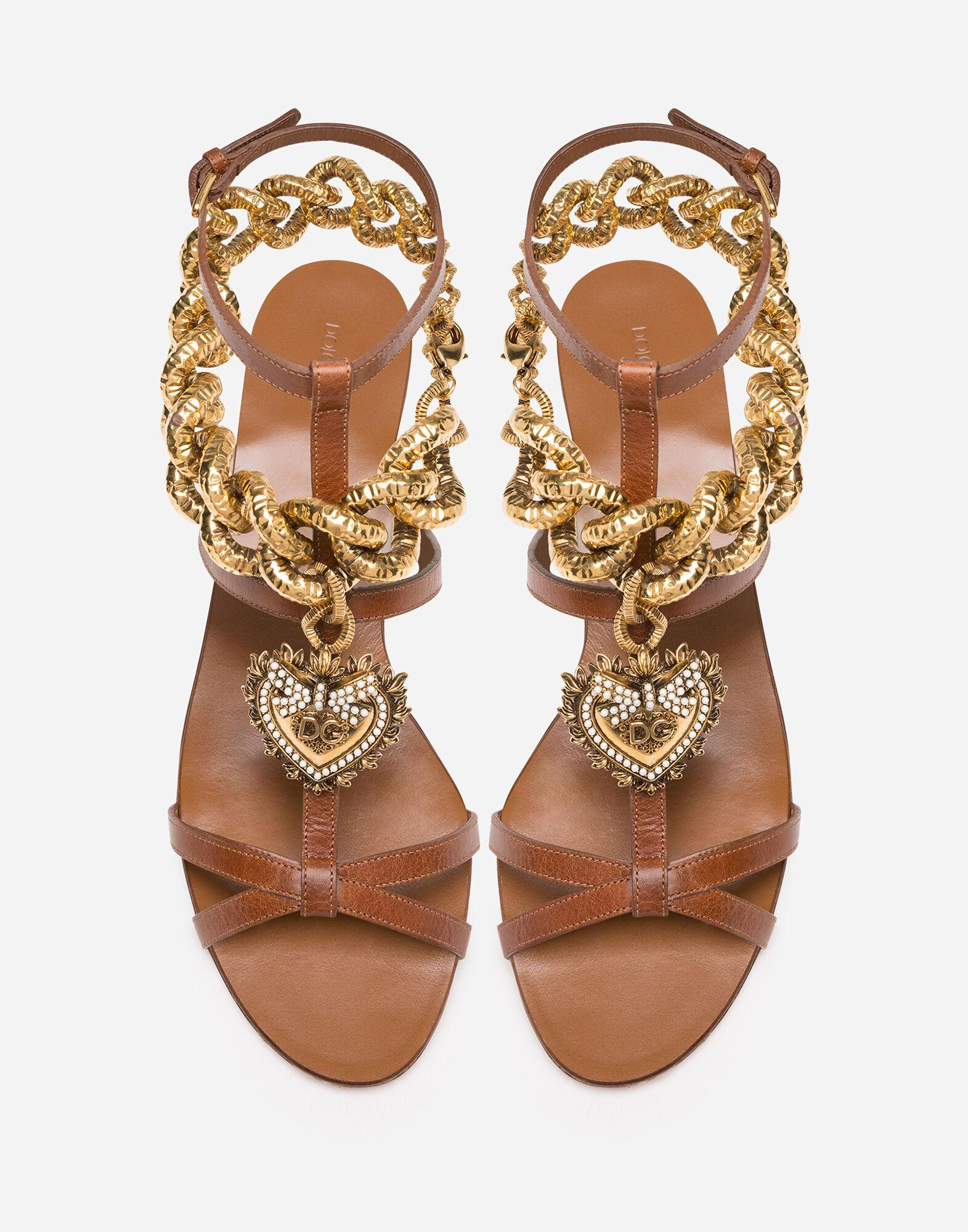 Devotion sandals in polished cowhide 2