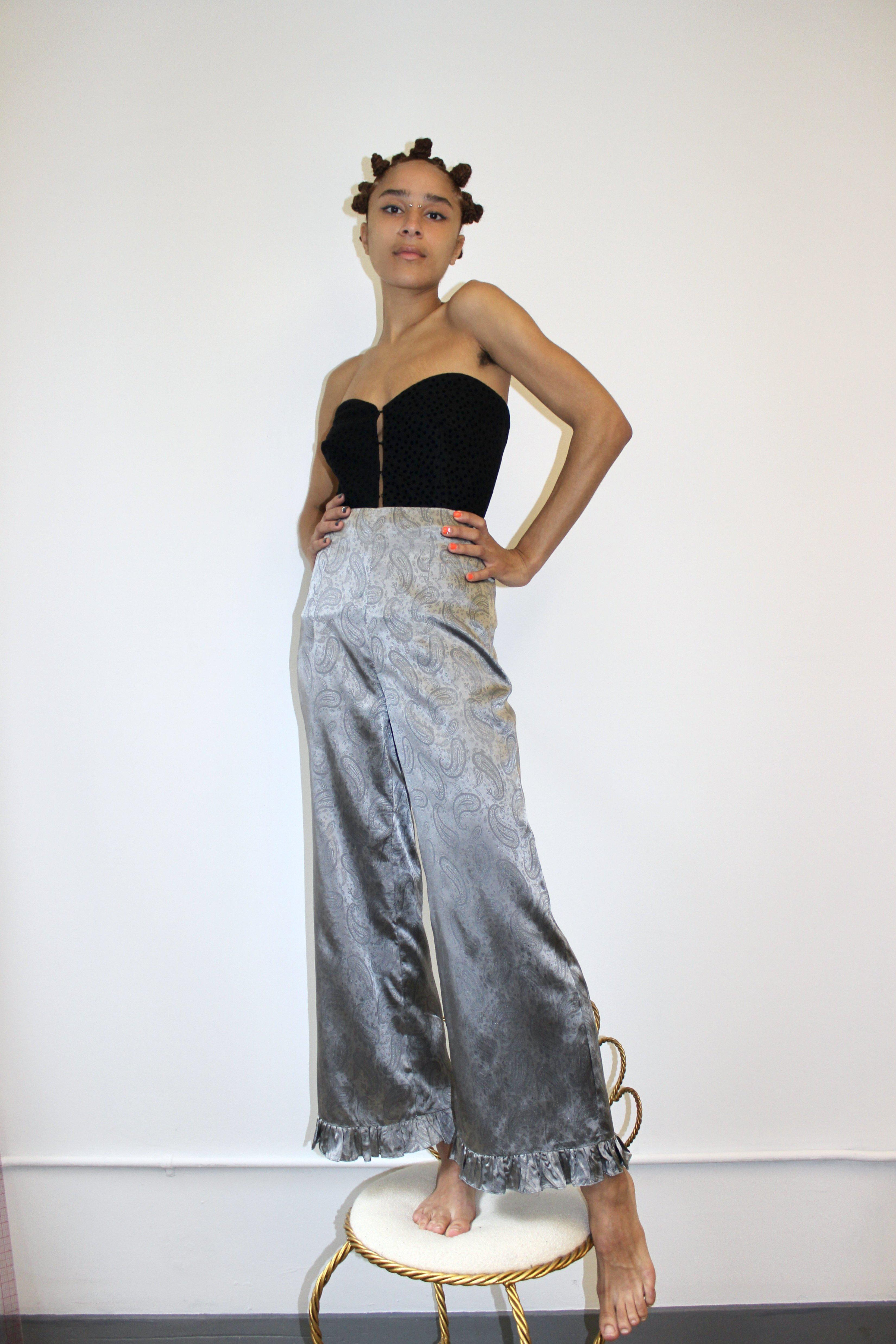 Ruffle Pant in Silver Paisley 2