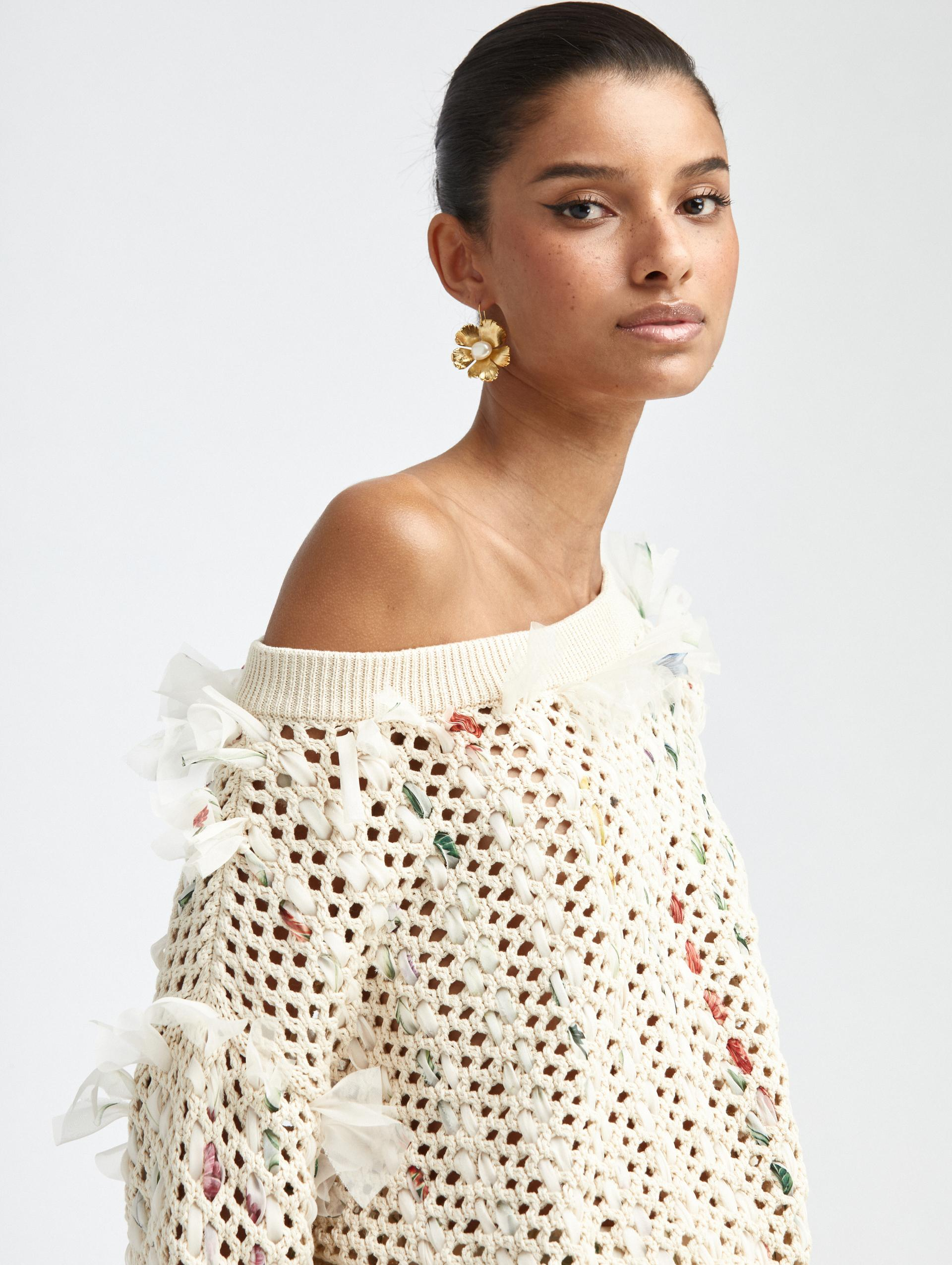 CROCHETED KNIT PULLOVER 3