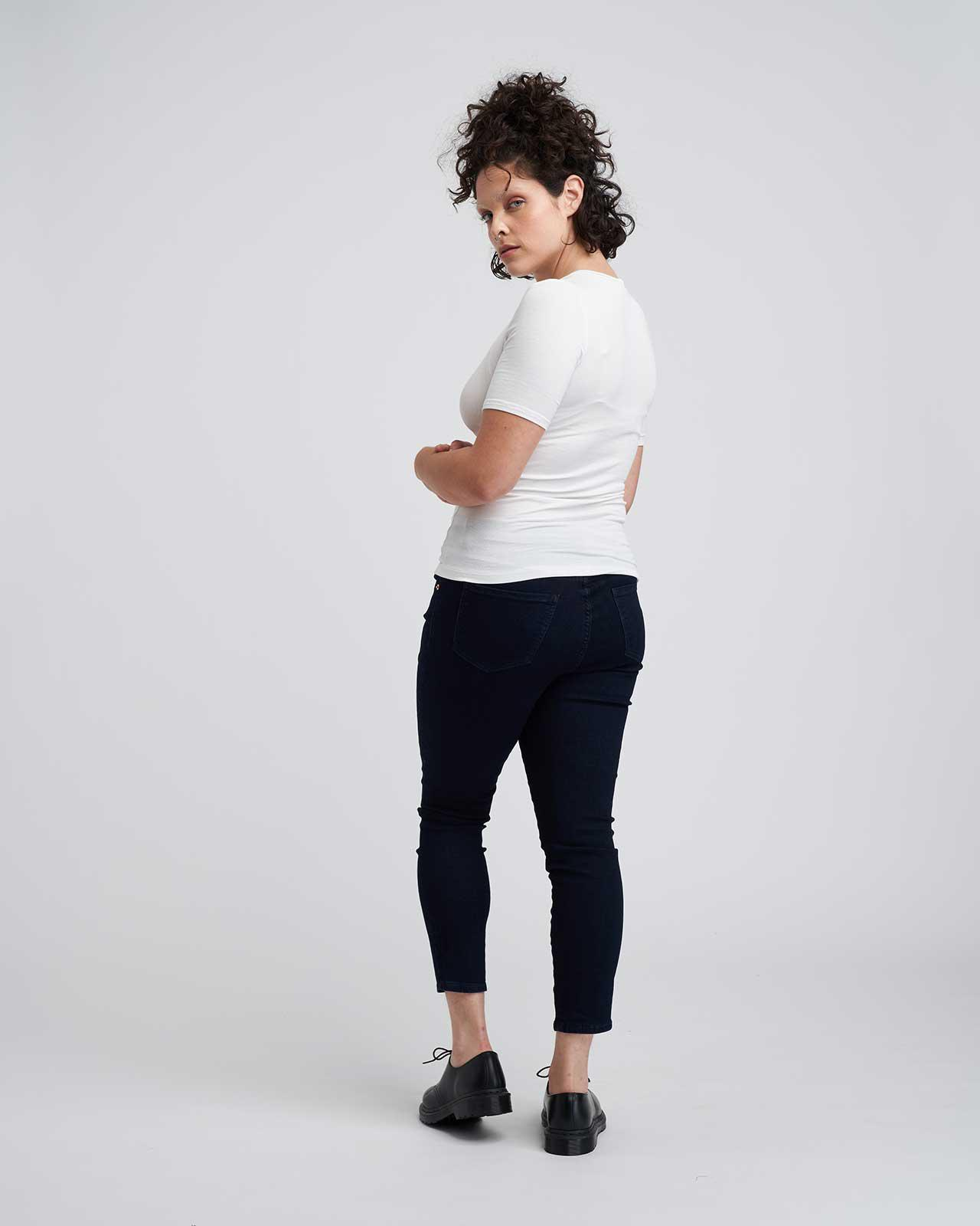 Foundation Short Sleeve Crew Neck Relaxed Tee 4