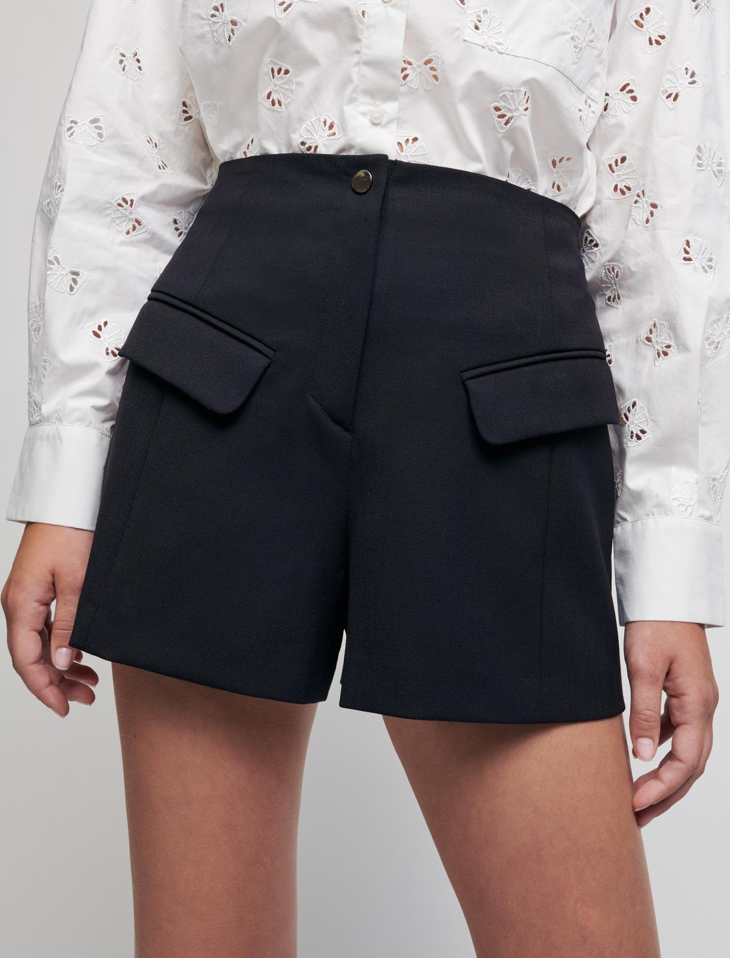 TAILORED SHORTS WITH POCKETS