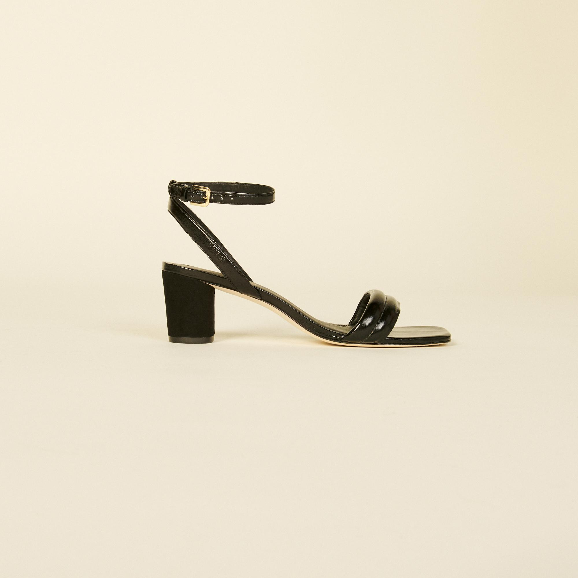 Patent leather sandal with high heel