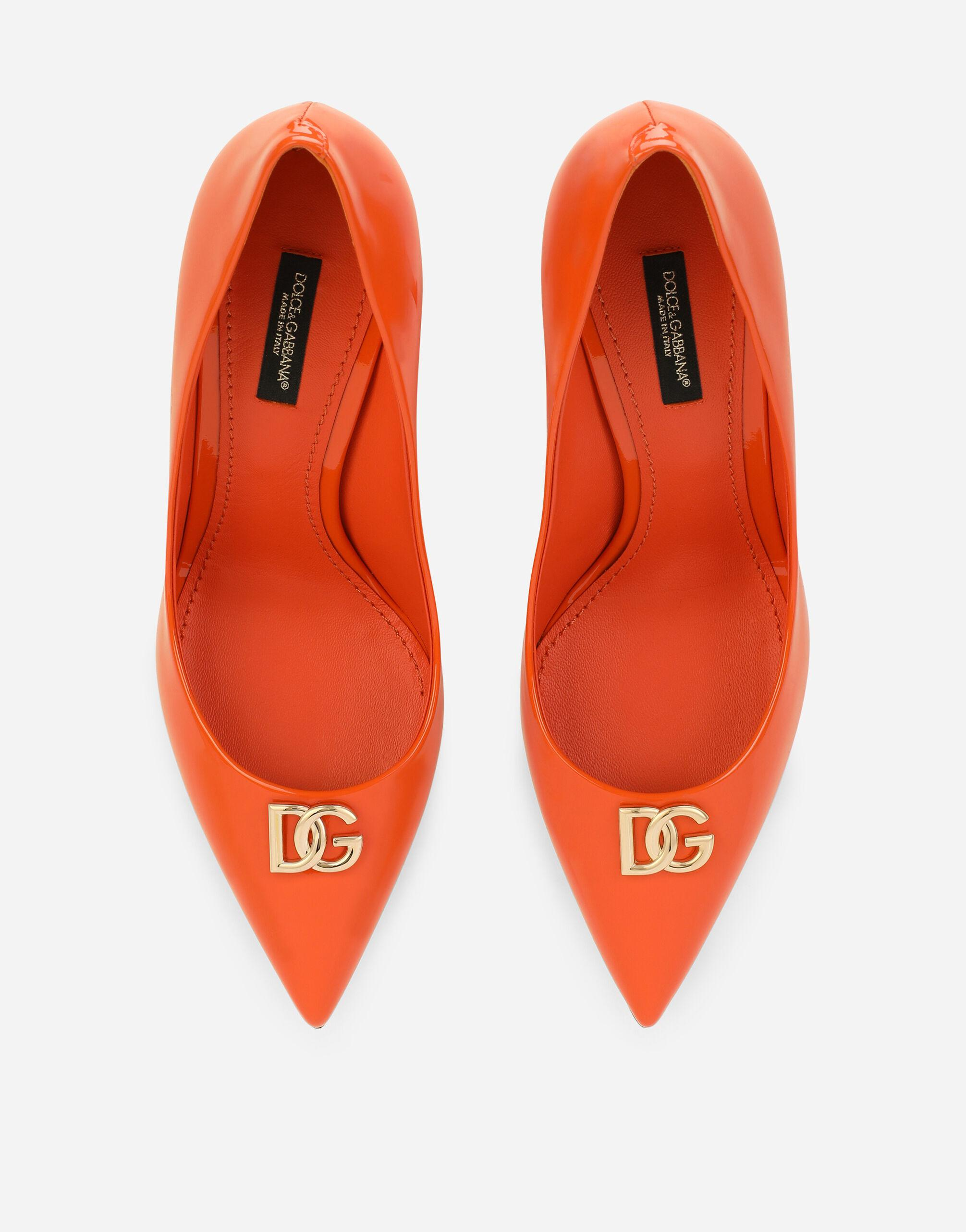 Patent leather pumps with DG logo 3