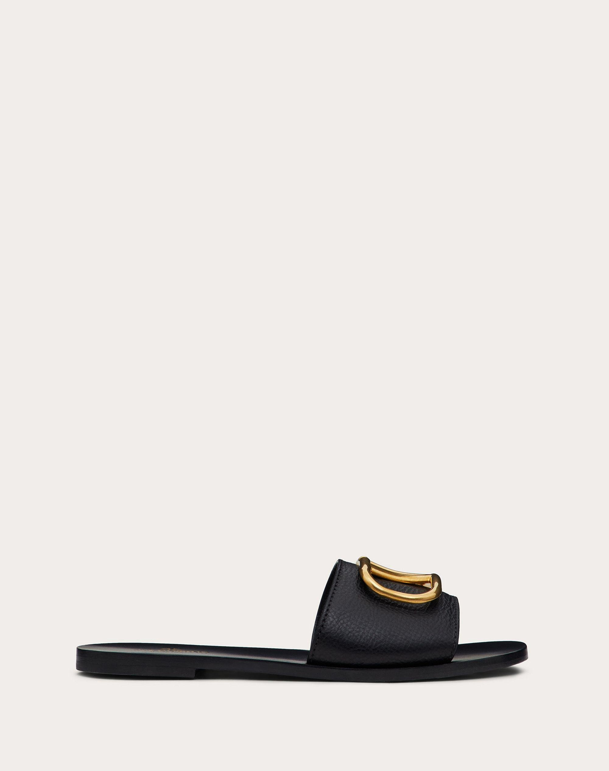 VLogo Signature Slide Sandal in Grainy Cowhide with Accessory