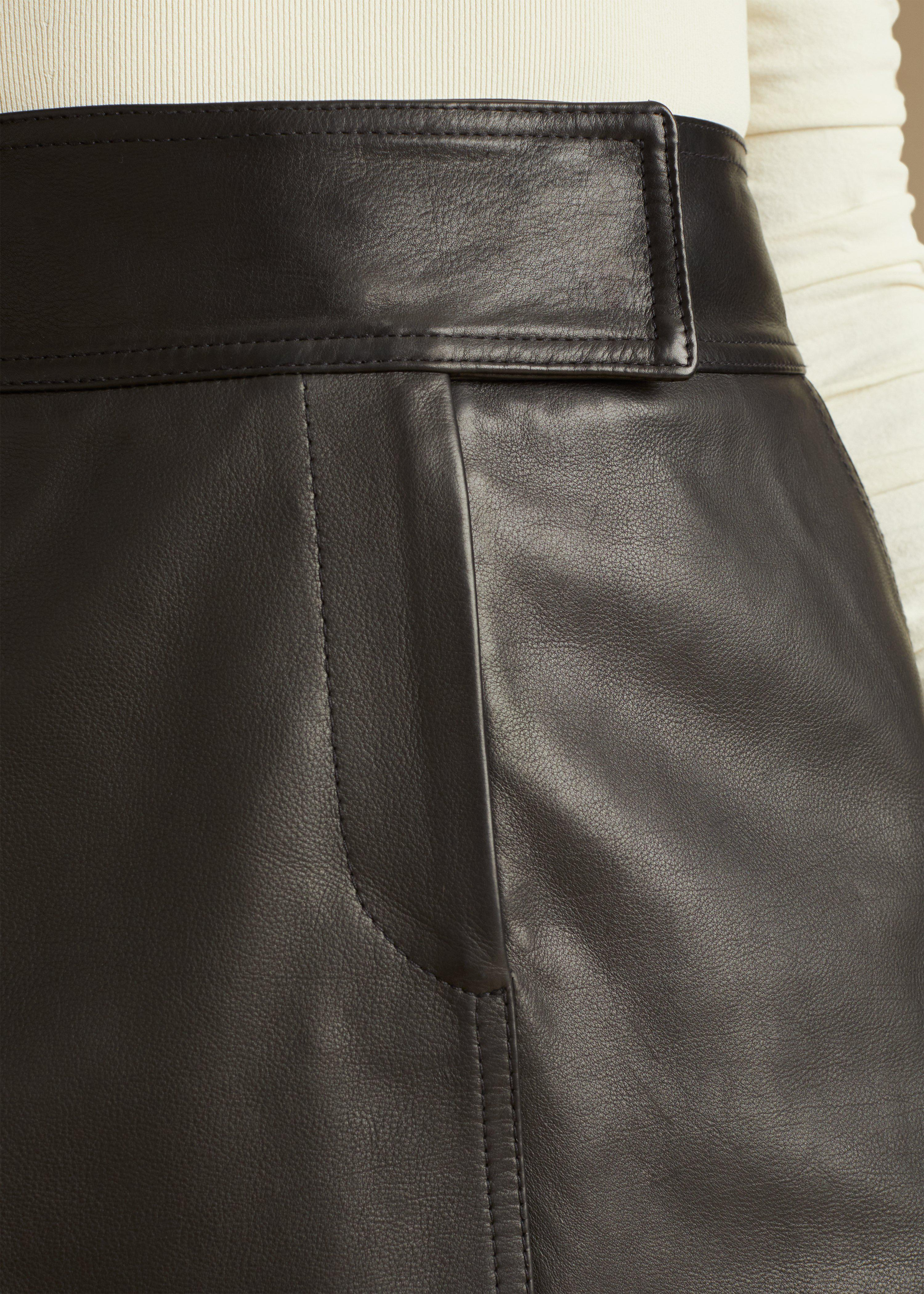 The Giulia Skirt in Black Leather 7