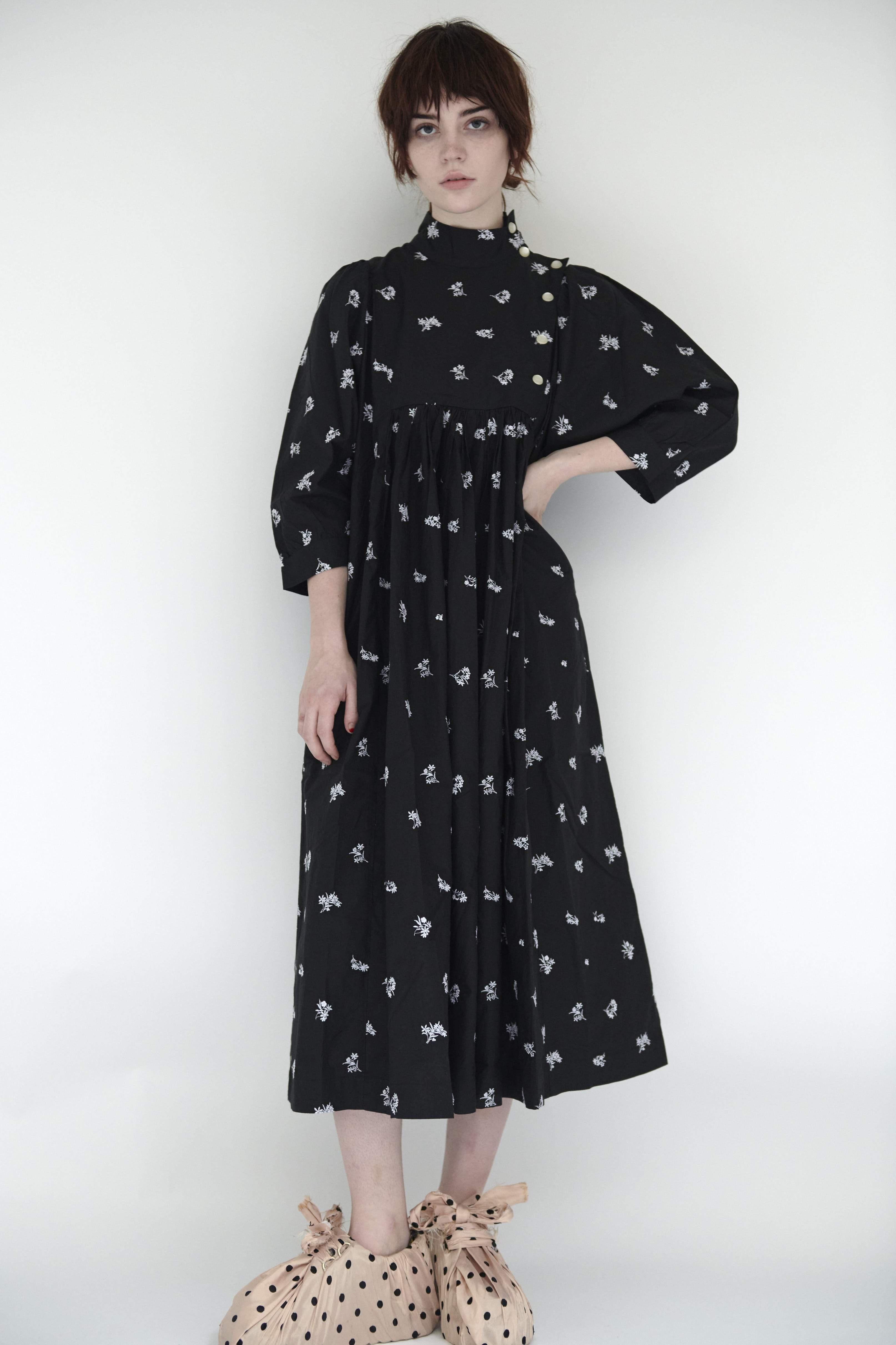 Smock Dress in Black Embroidered Cotton 5