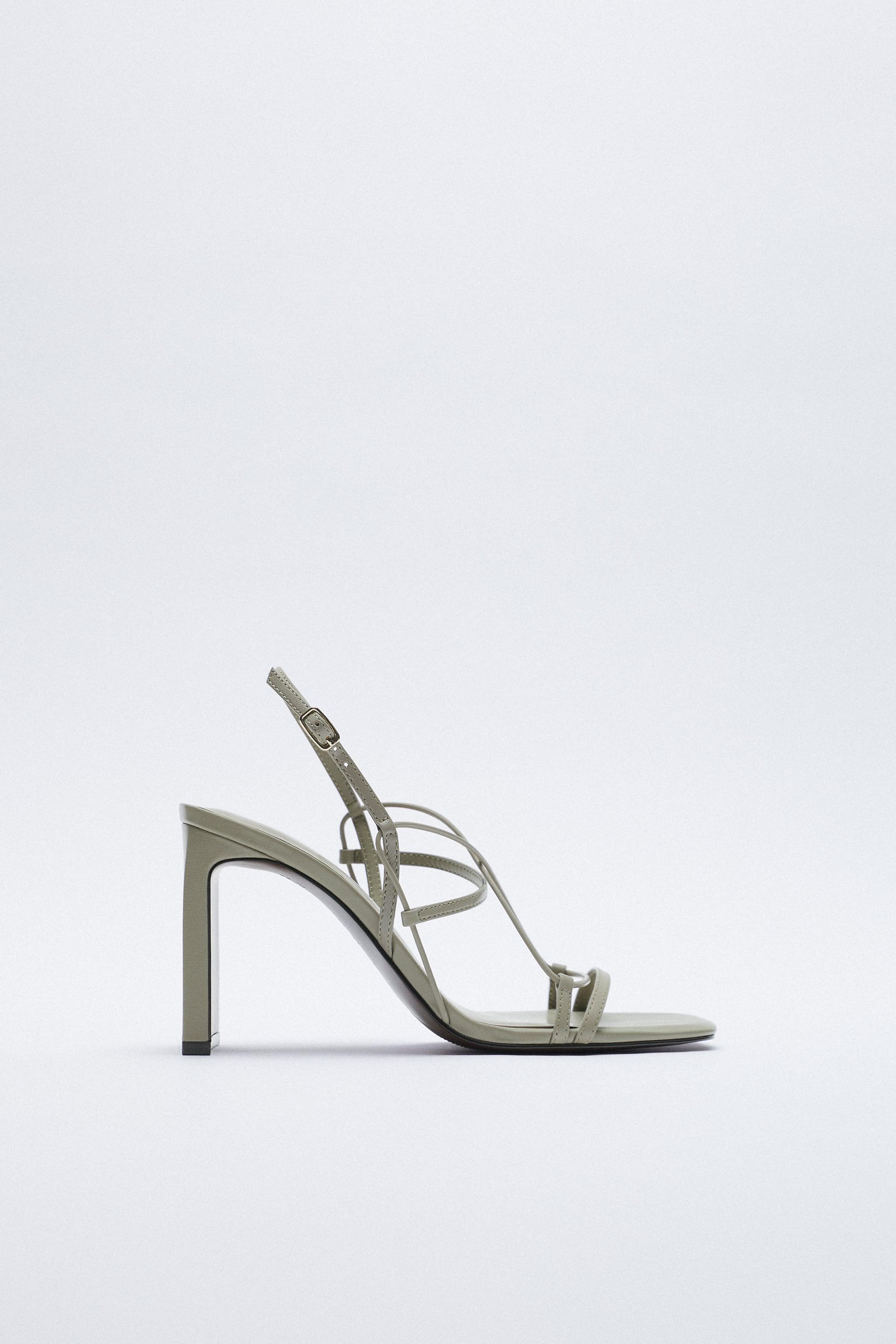 THIN STRAP LEATHER SANDALS