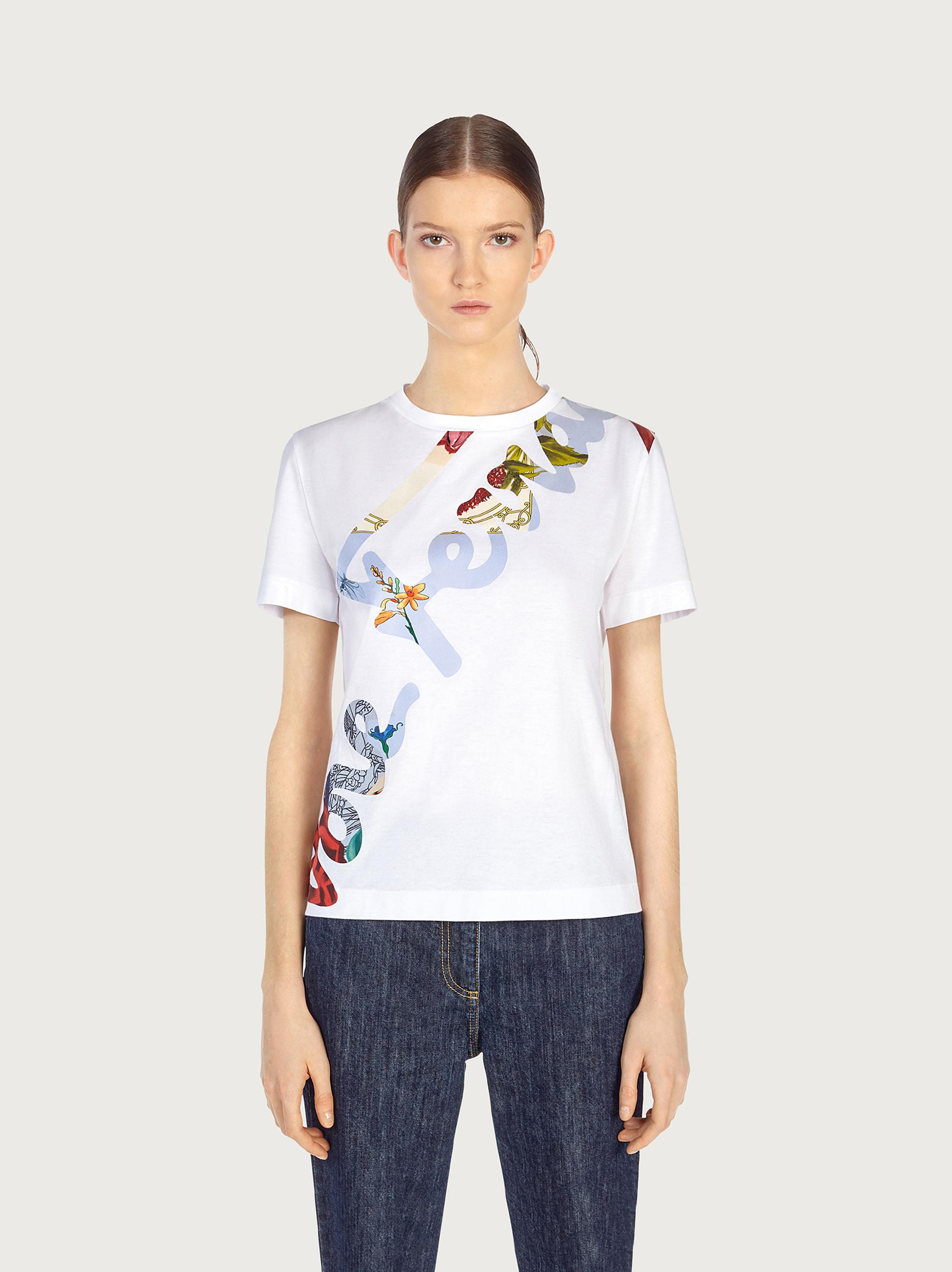 T-SHIRT WITH SIGNATURE