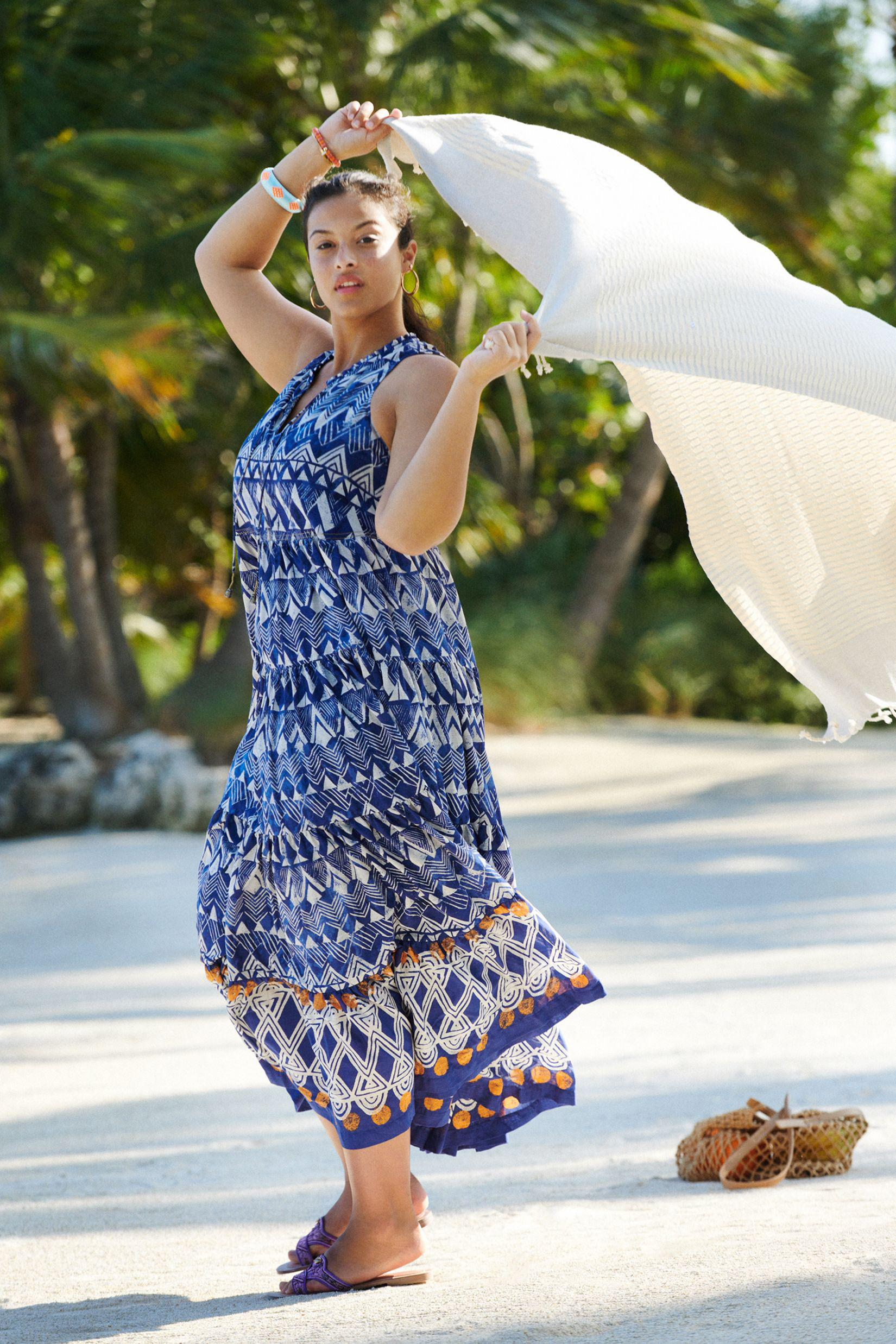 Tiered Abstract Maxi Dress 6