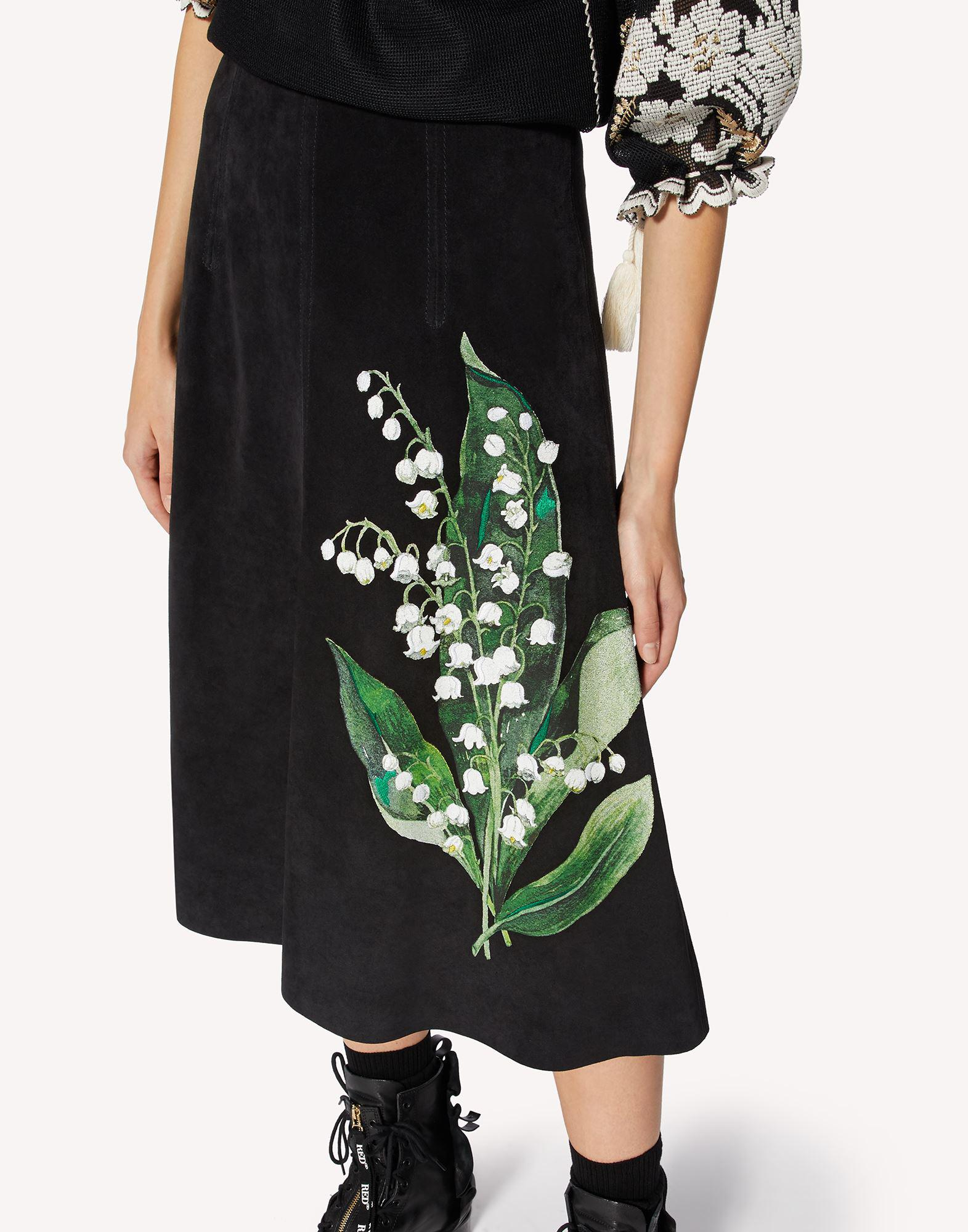 A-LINE SUEDE SKIRT WITH MAY LILY EMBROIDERY 3