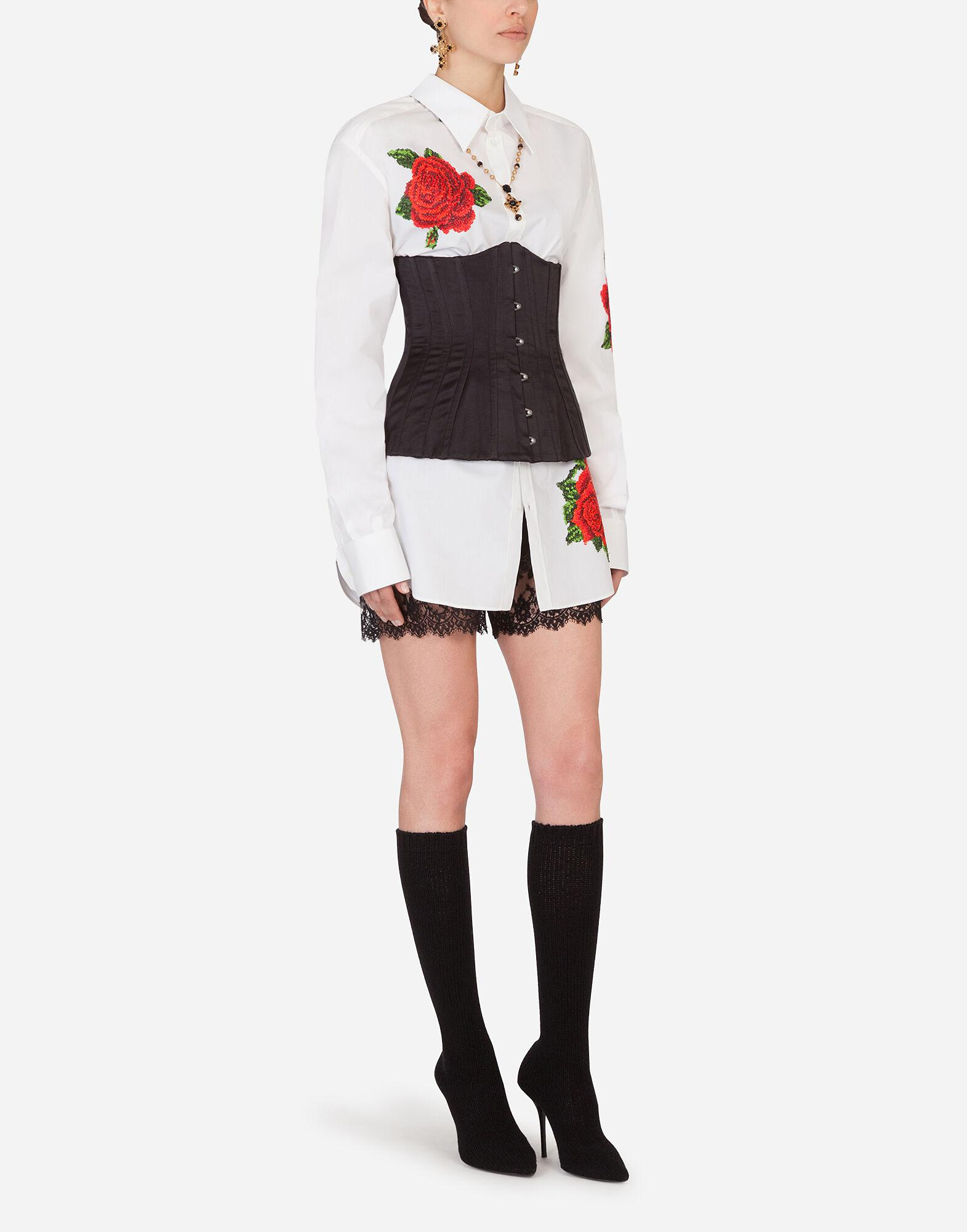 Shirt with hand-embroidered roses 2