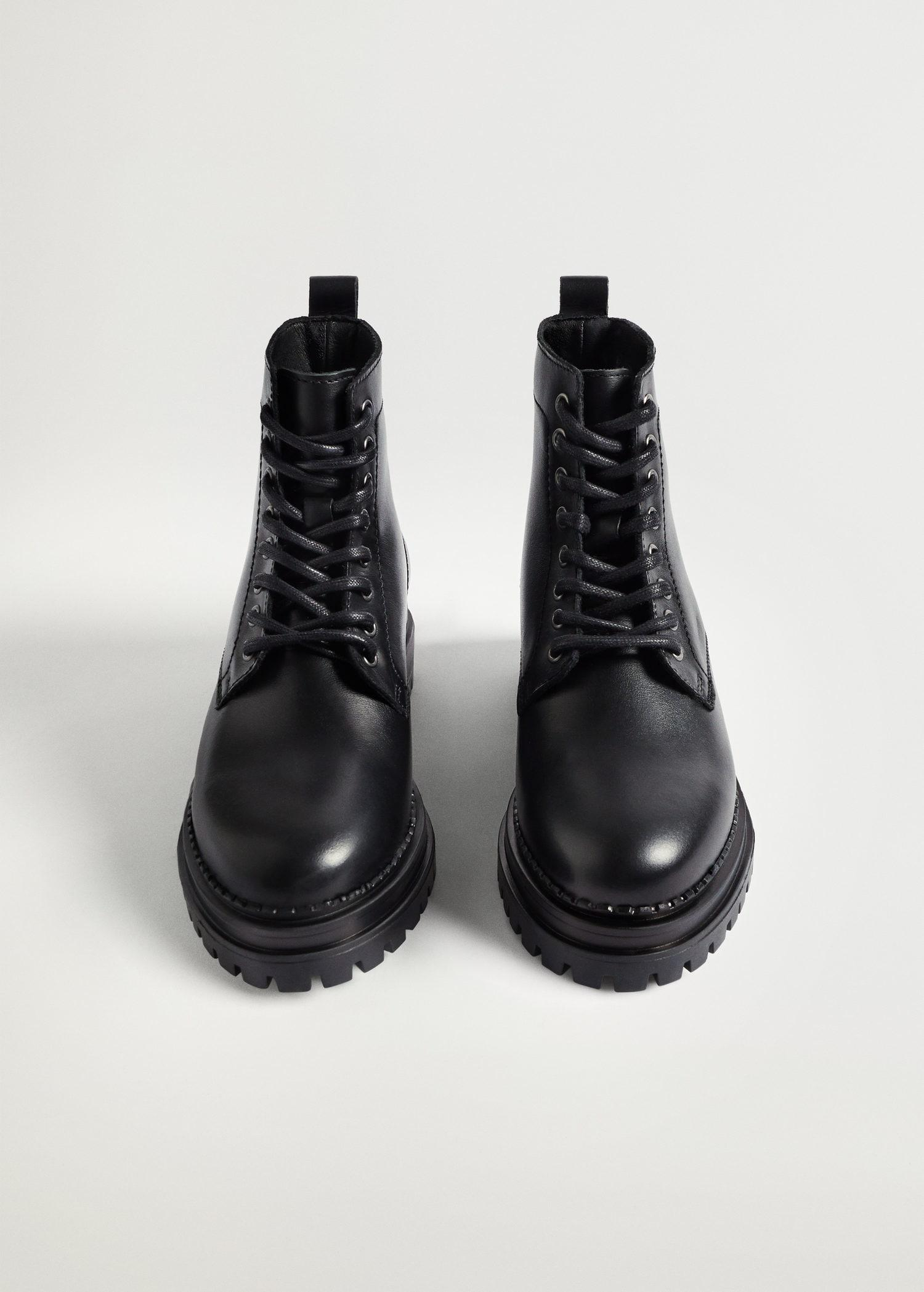 Lace-up leather boots 3