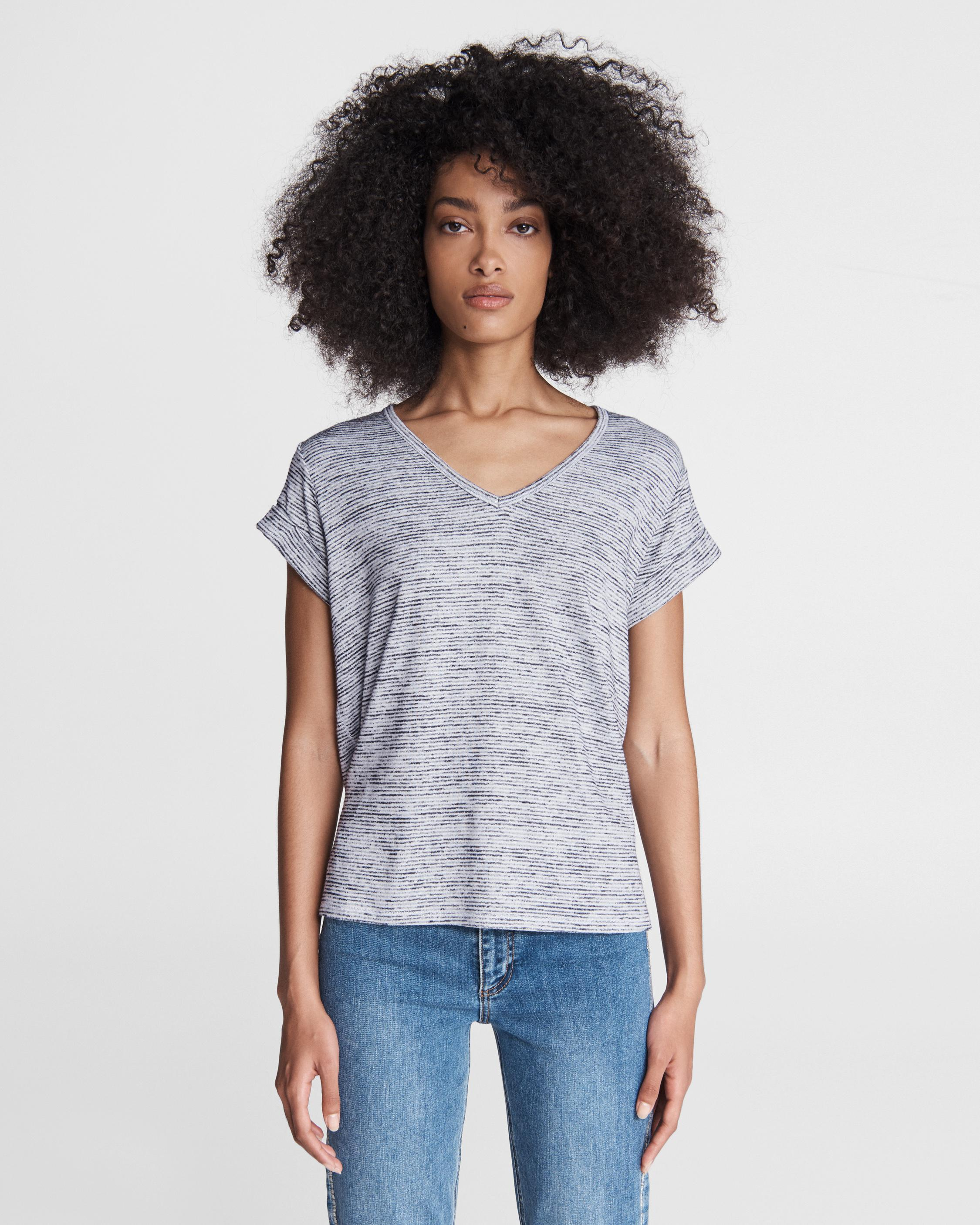 The knit v-neck striped tee