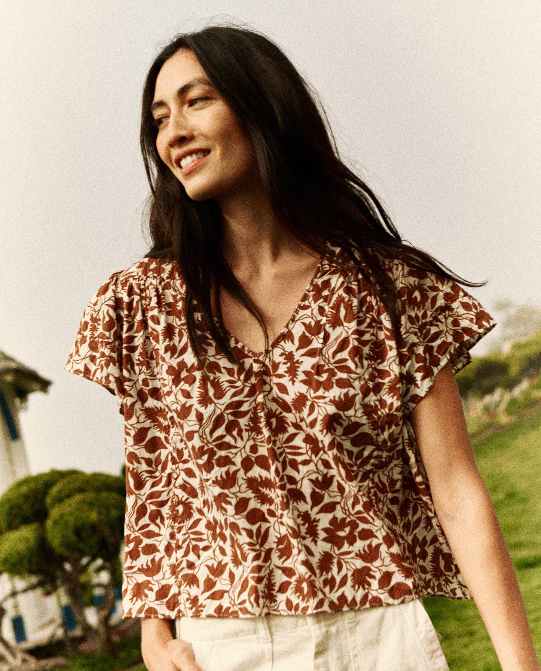 The Whip Stitched Fern Top. -- Brown Blossom Floral 1