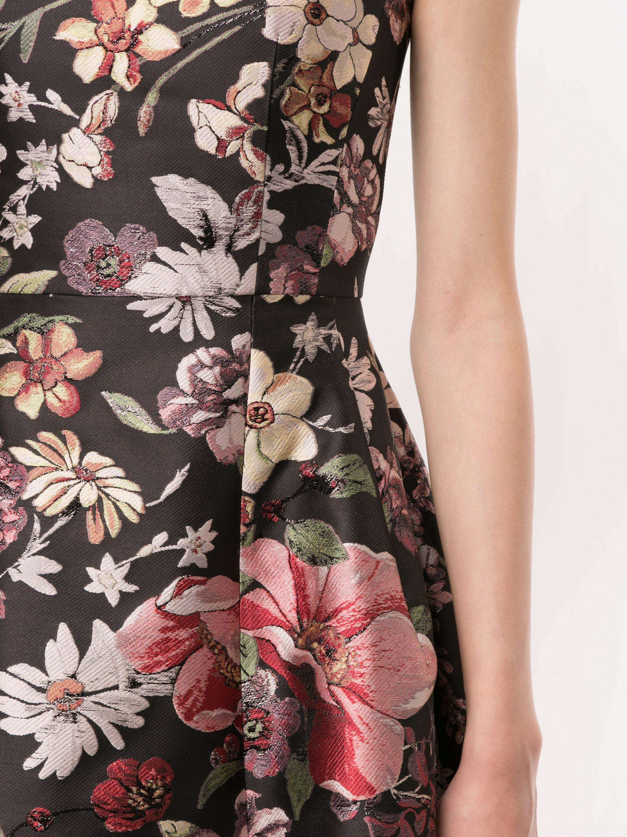 FIT AND FLARE DRESS IN JACQUARD 4