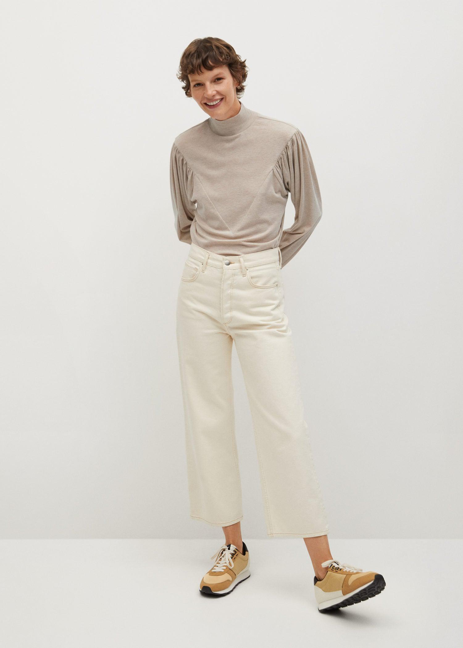 T-shirt with puffed sleeves 1