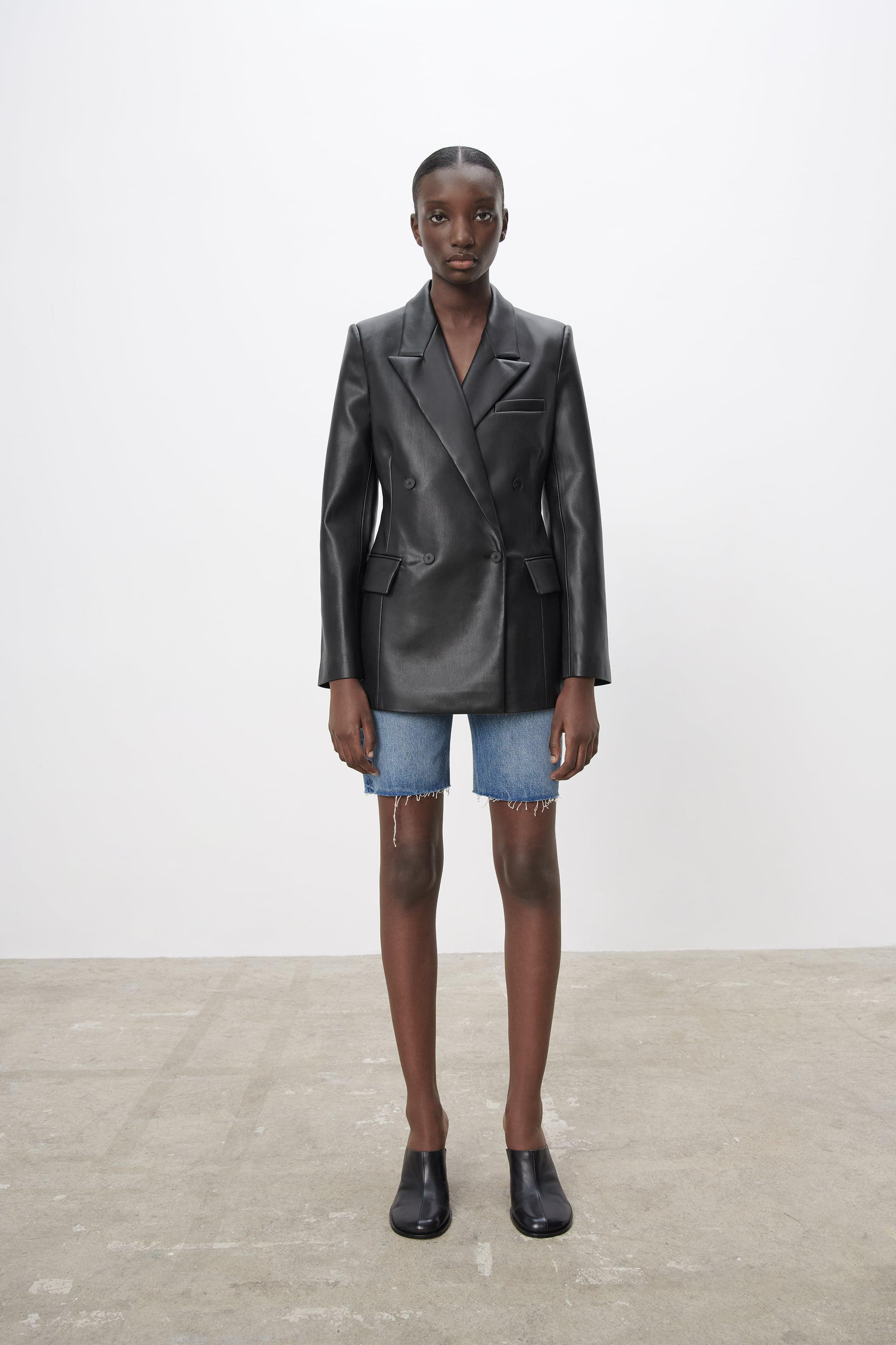 FAUX LEATHER TAILORED BLAZER