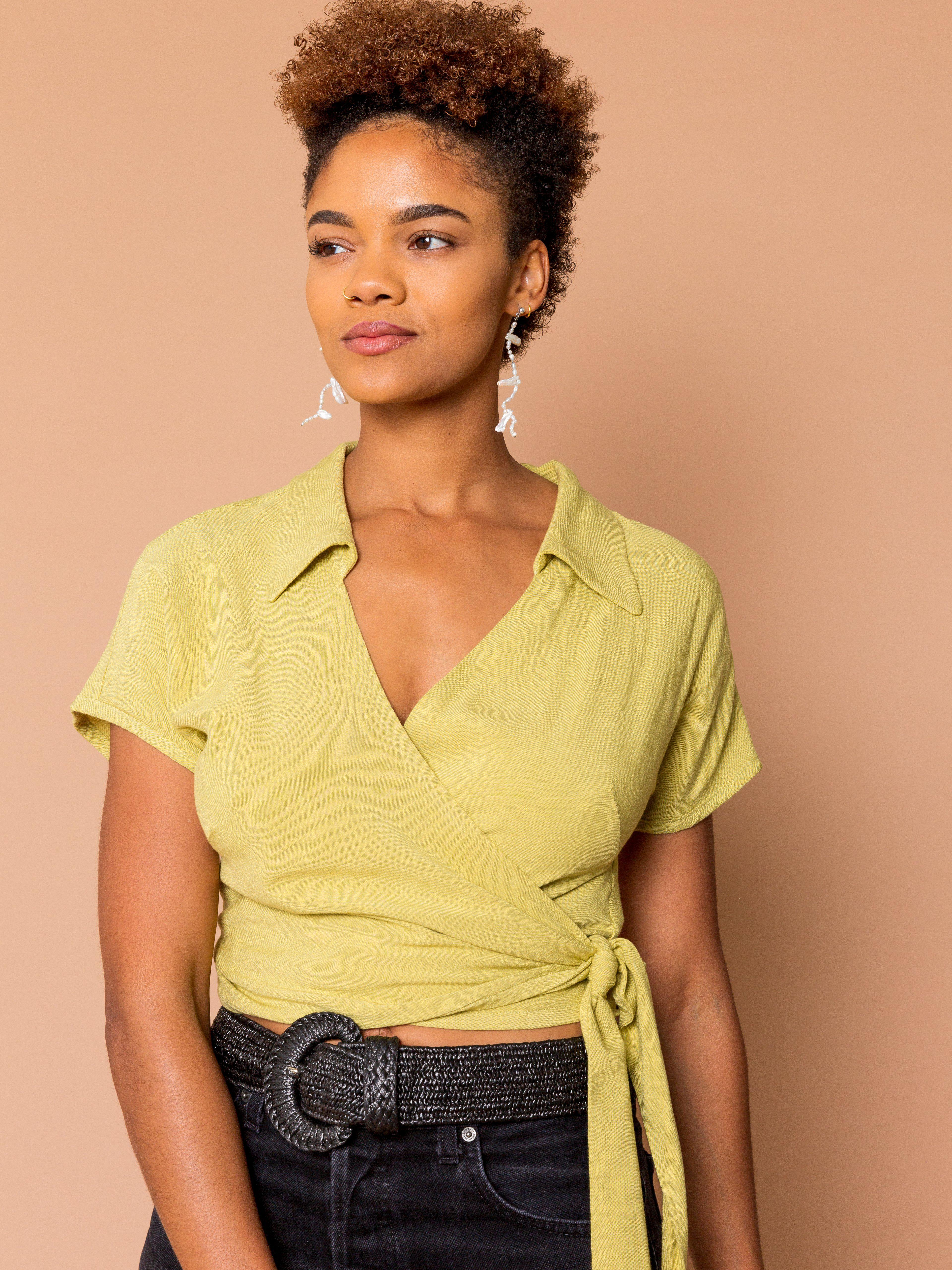 THE BOWLER WRAP TOP ~ Pear