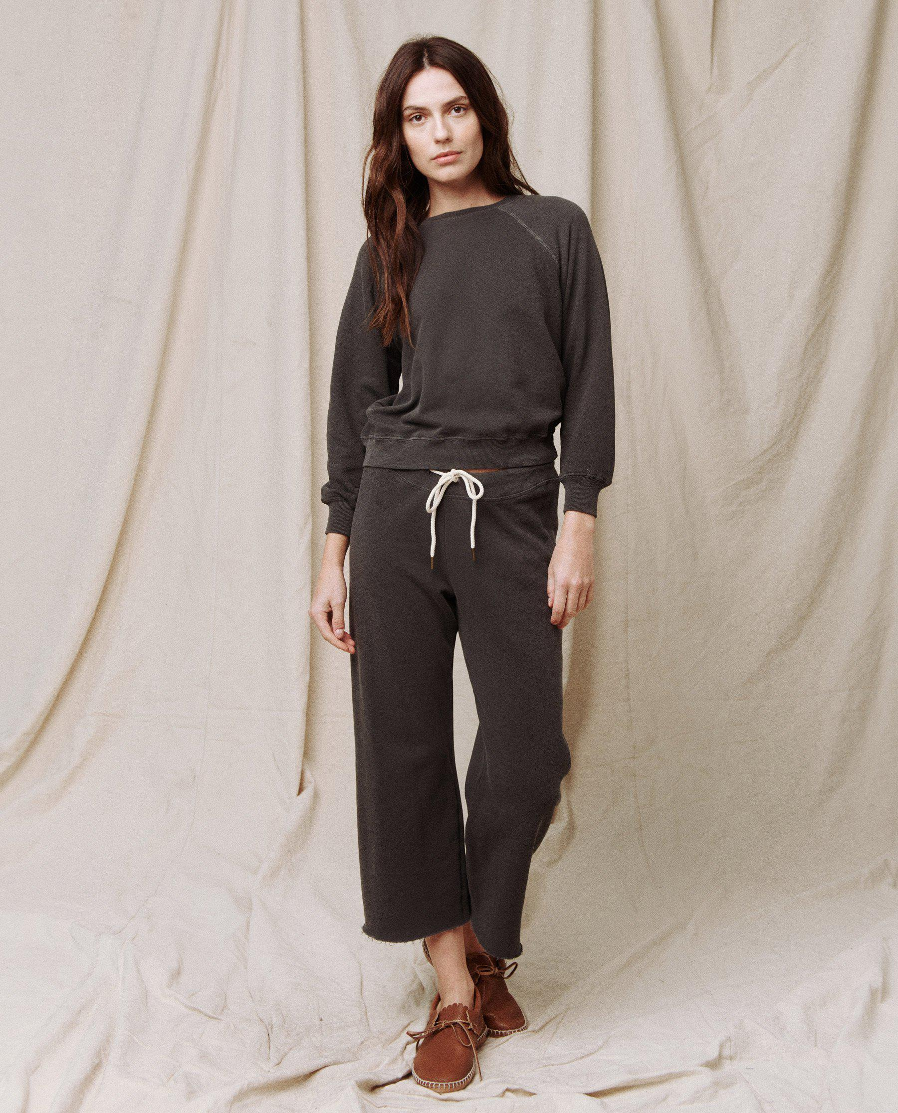 The Wide Leg Cropped Sweatpant. -- WASHED BLACK