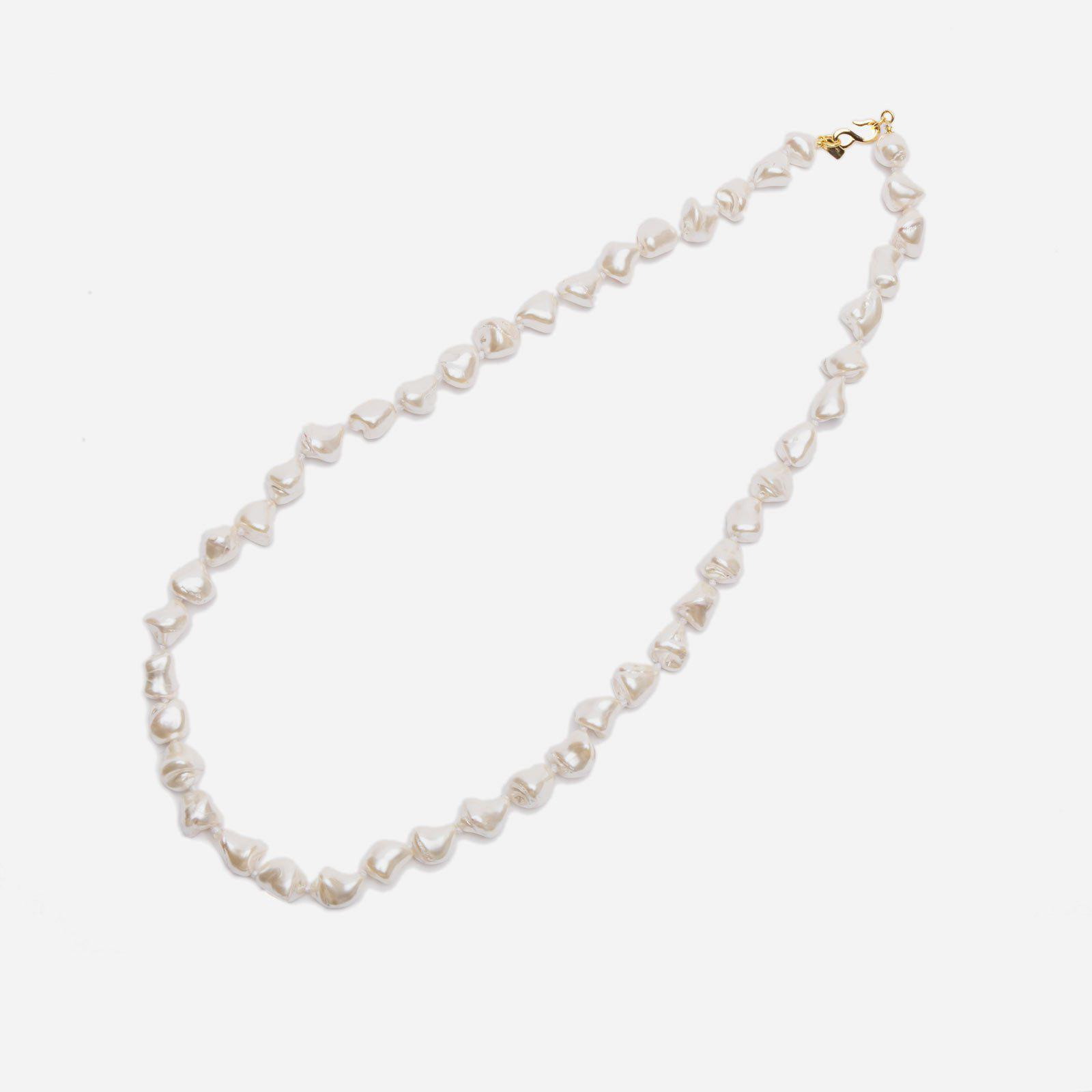 Grand Pearl Necklace