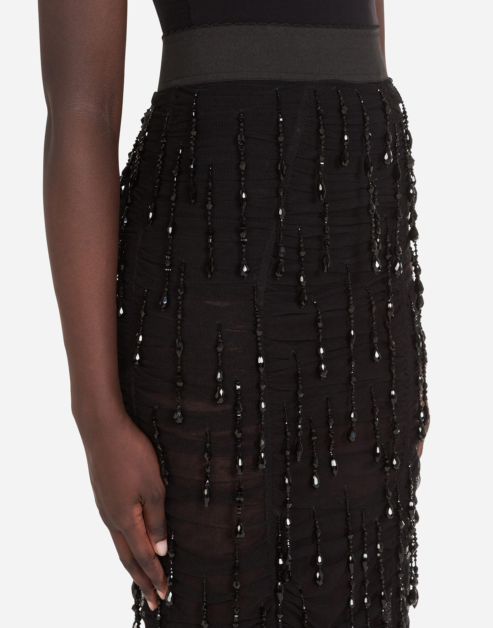 Embroidered pencil skirt 5