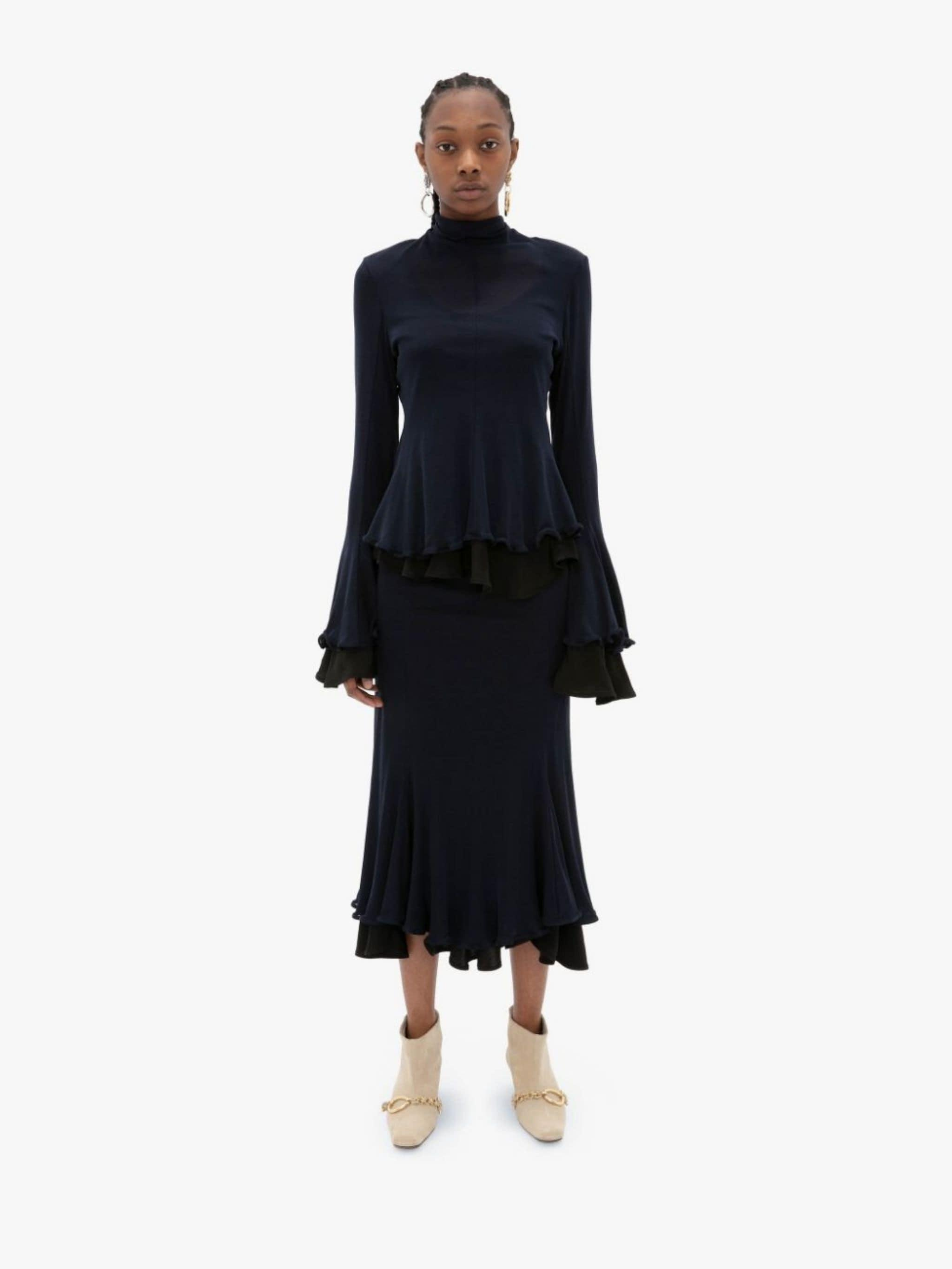 FLUTED HEM DOUBLE LAYER TOP