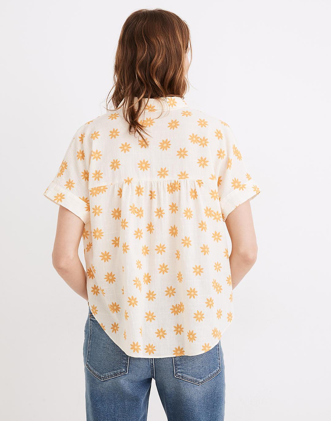 Hilltop Shirt in Daisy Groove 2