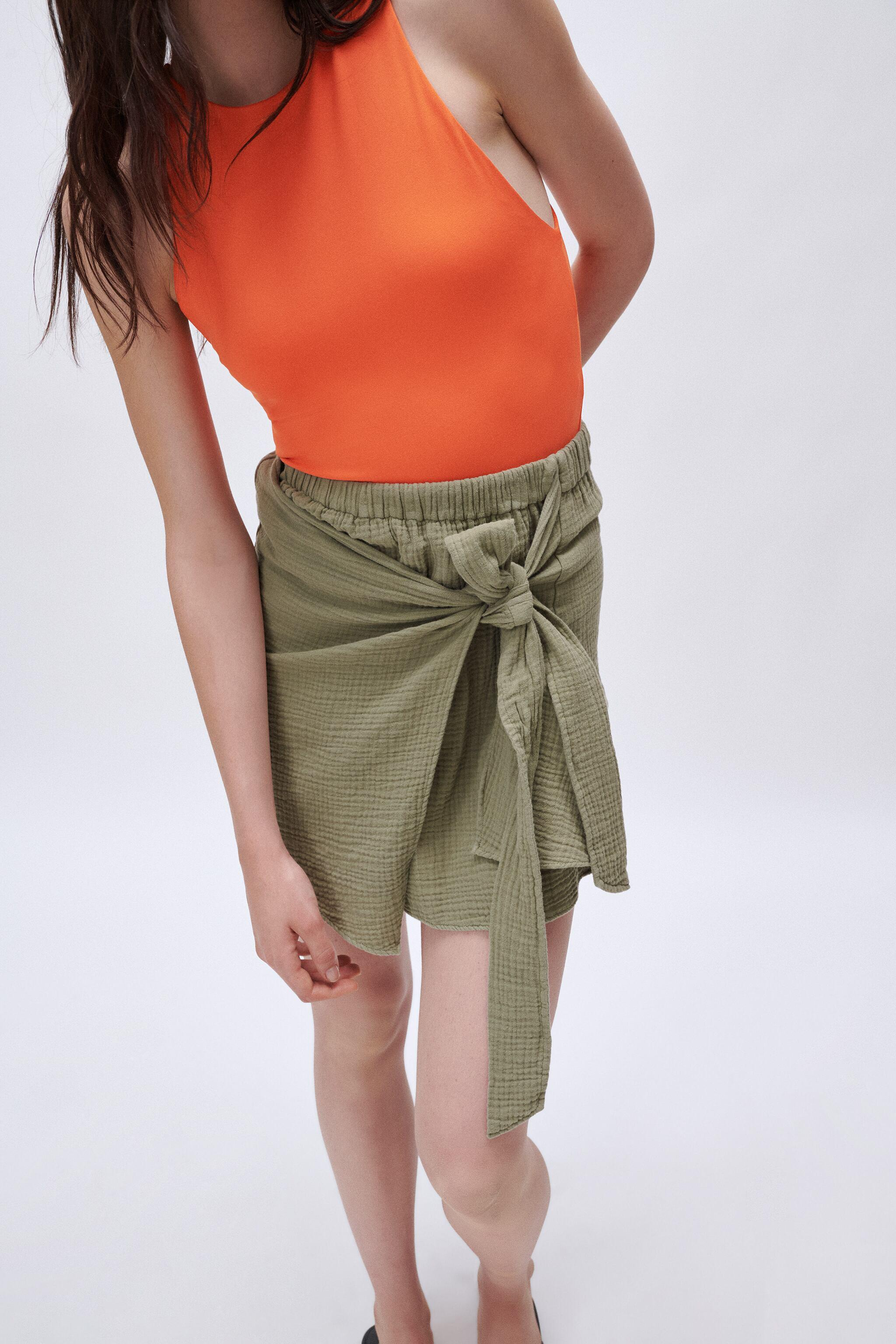 SOFT KNOTTED SKIRT 2