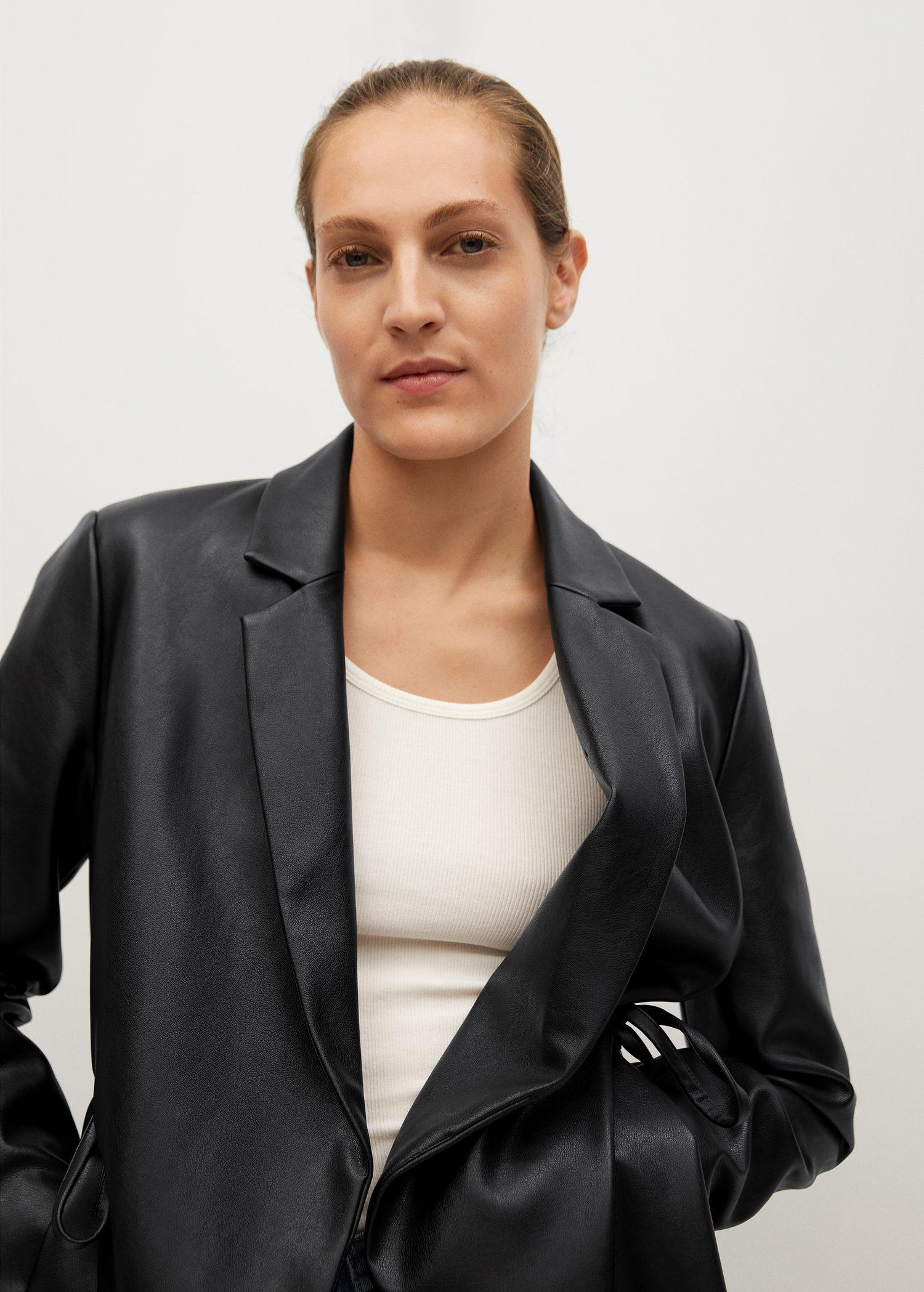 Leather-effect coat with belt 3